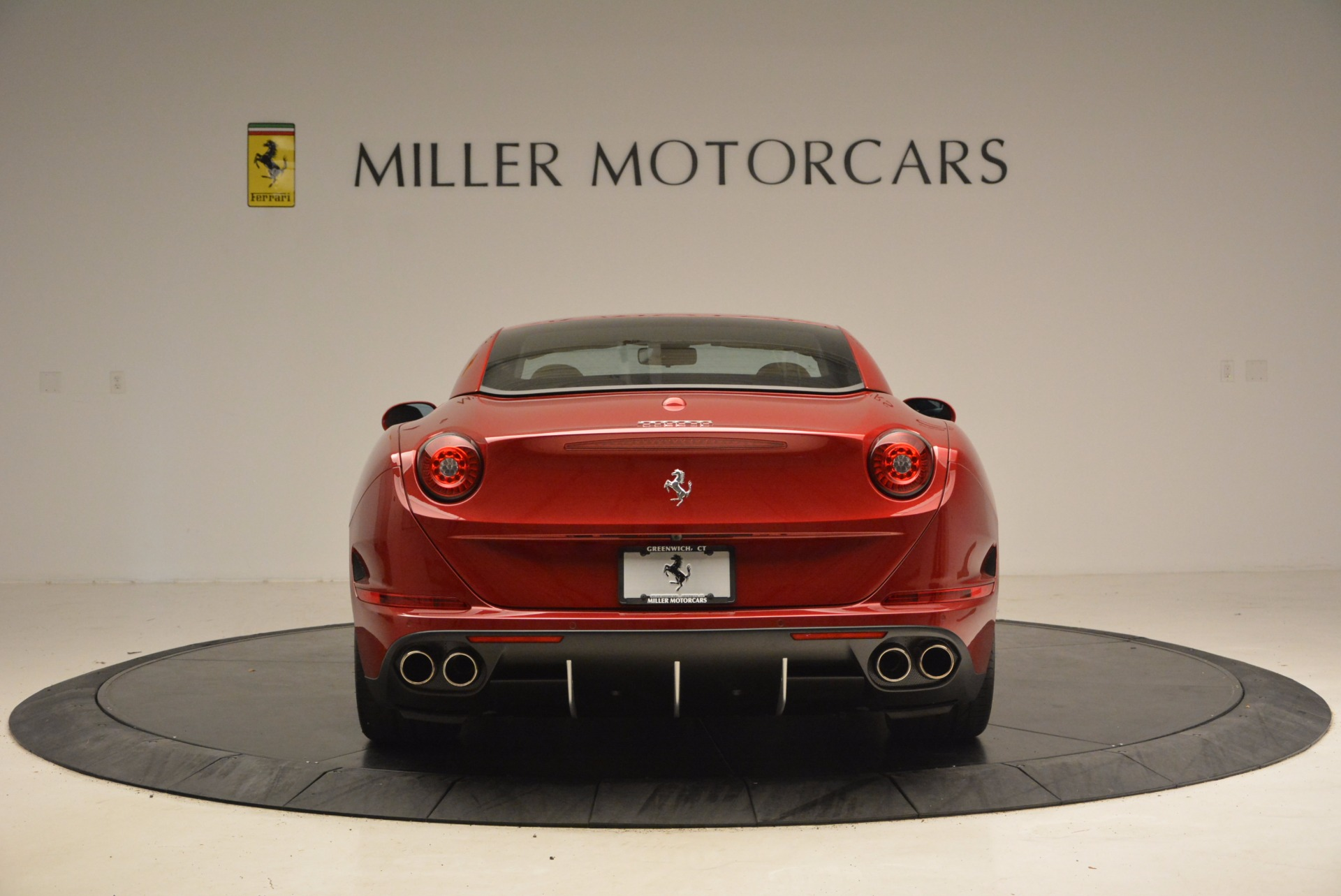 Used 2017 Ferrari California T  For Sale In Greenwich, CT. Alfa Romeo of Greenwich, F1794B 1395_p18