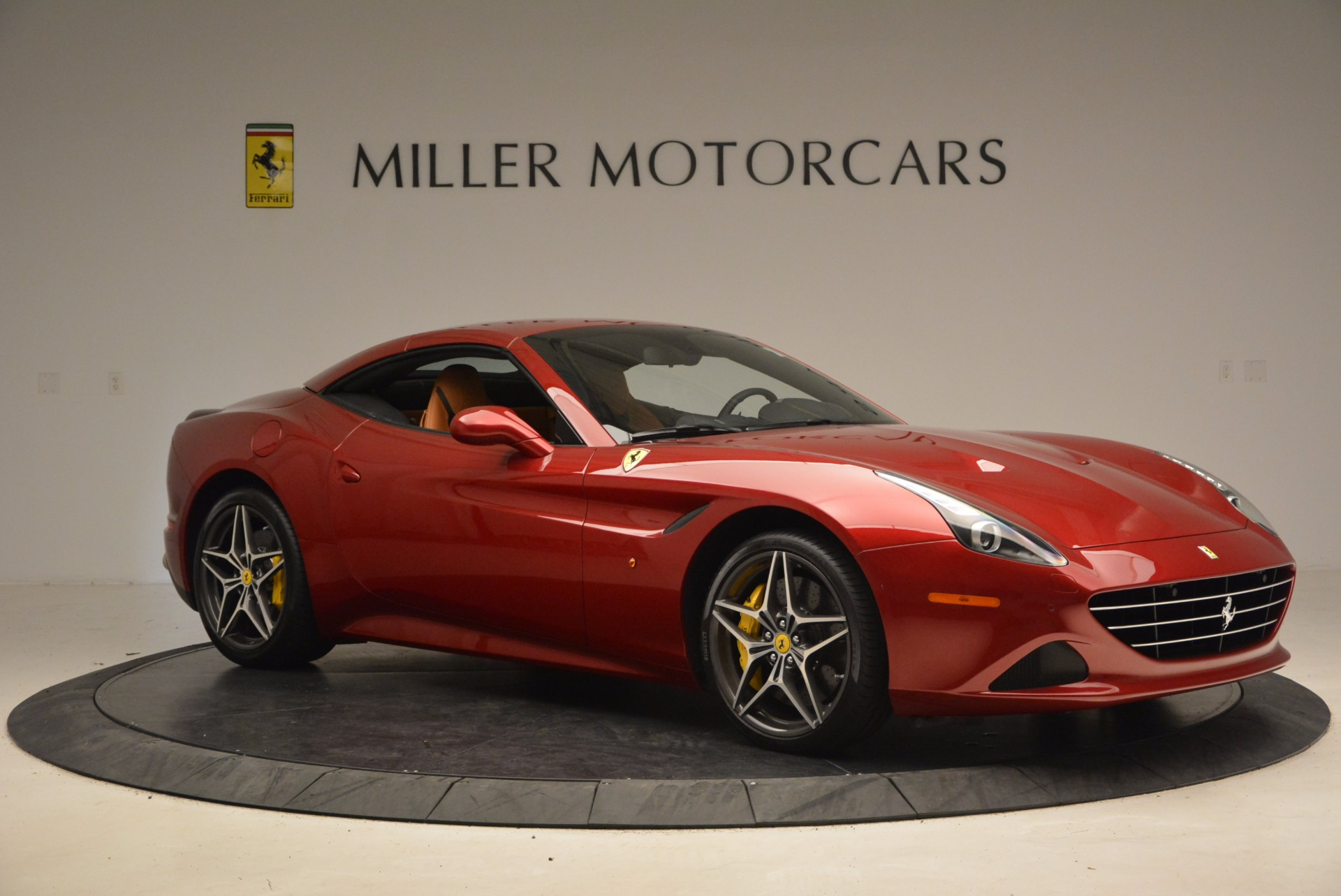 Used 2017 Ferrari California T  For Sale In Greenwich, CT. Alfa Romeo of Greenwich, F1794B 1395_p22
