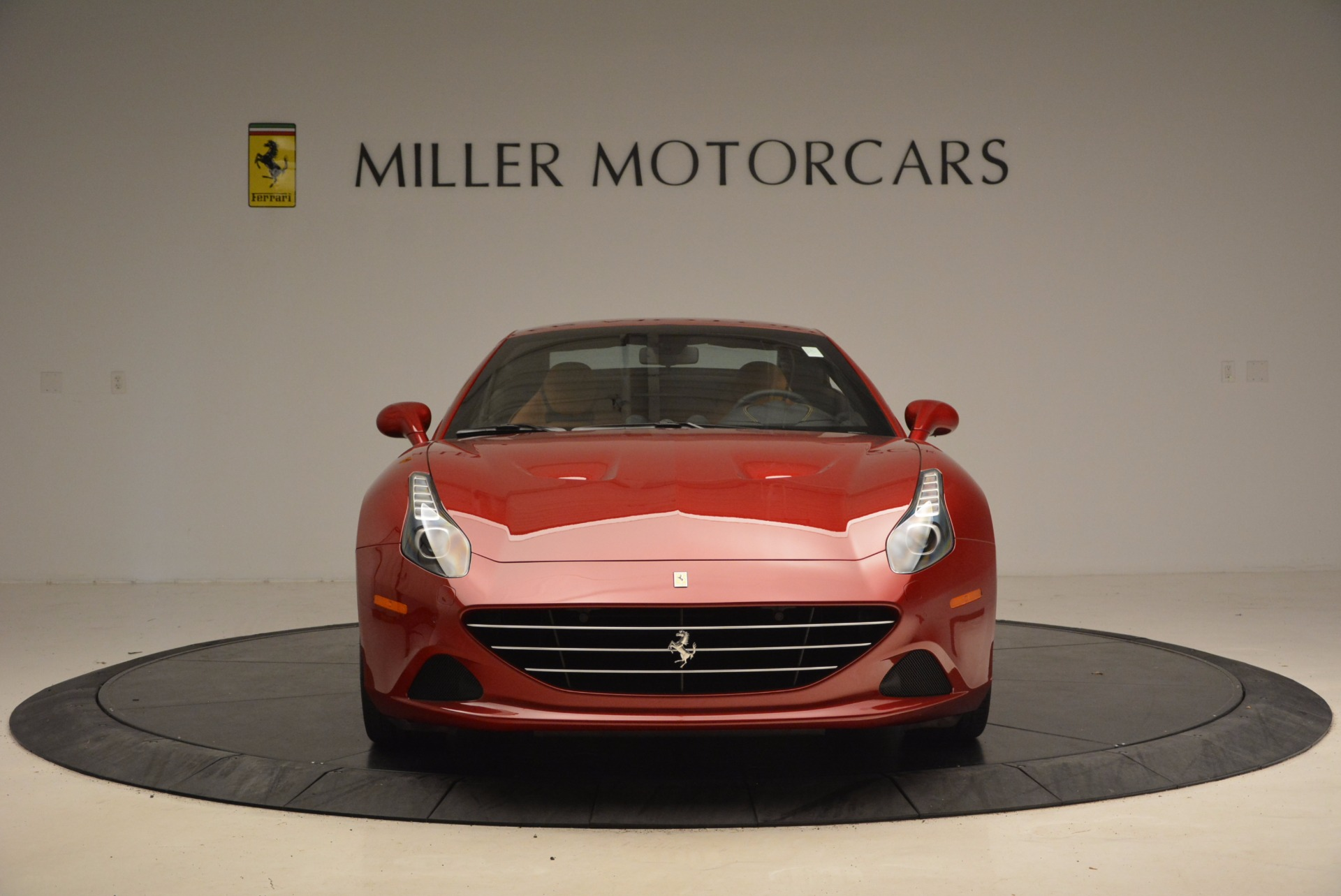 Used 2017 Ferrari California T  For Sale In Greenwich, CT. Alfa Romeo of Greenwich, F1794B 1395_p24