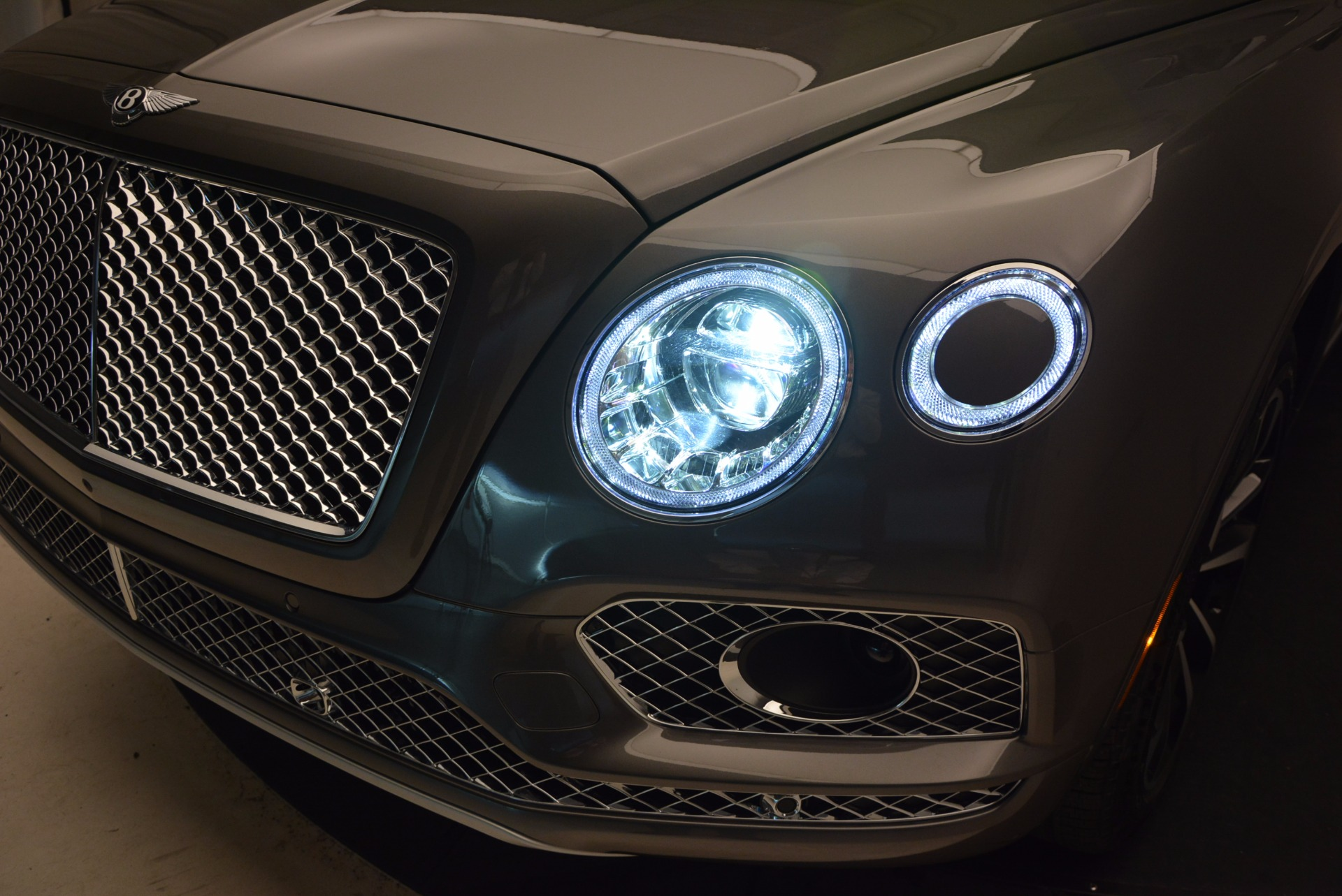 New 2018 Bentley Bentayga Activity Edition-Now with seating for 7!!! For Sale In Greenwich, CT. Alfa Romeo of Greenwich, B1269 1396_p19