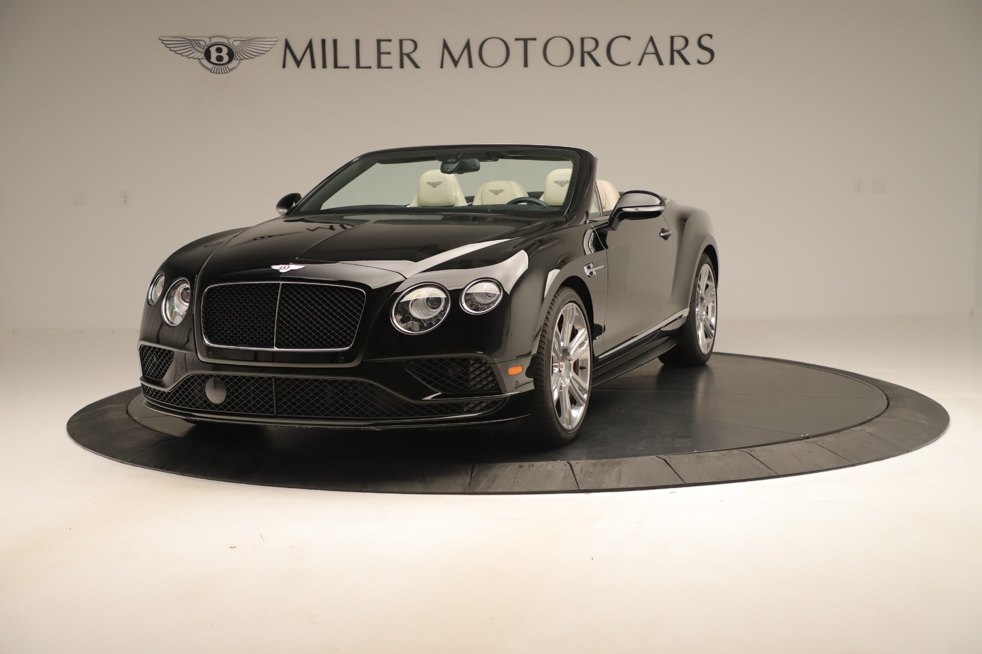 Used 2016 Bentley Continental GT V8 S Convertible  For Sale In Greenwich, CT. Alfa Romeo of Greenwich, B1132