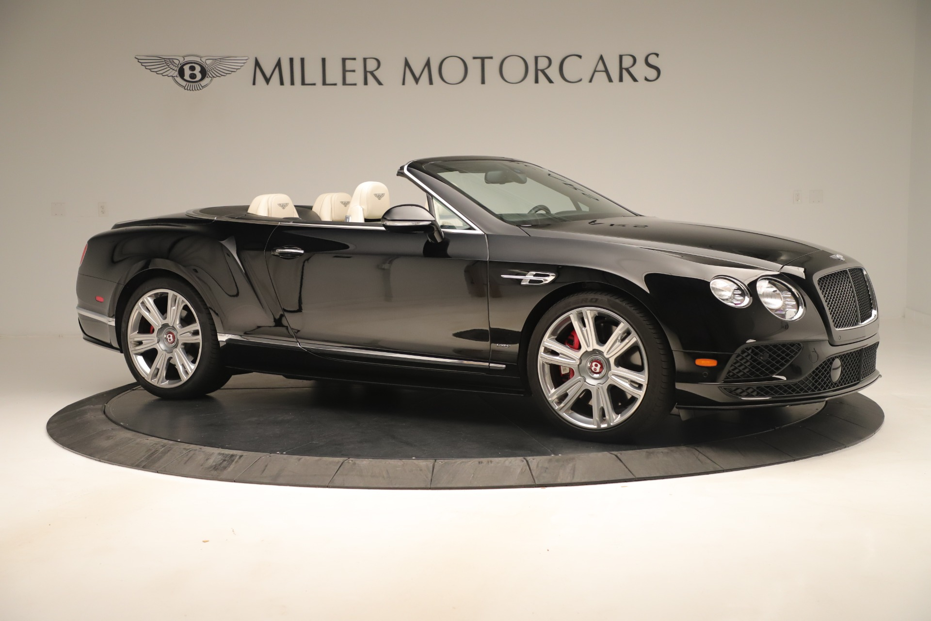 Used 2016 Bentley Continental GT V8 S Convertible  For Sale In Greenwich, CT. Alfa Romeo of Greenwich, B1132 14_p10
