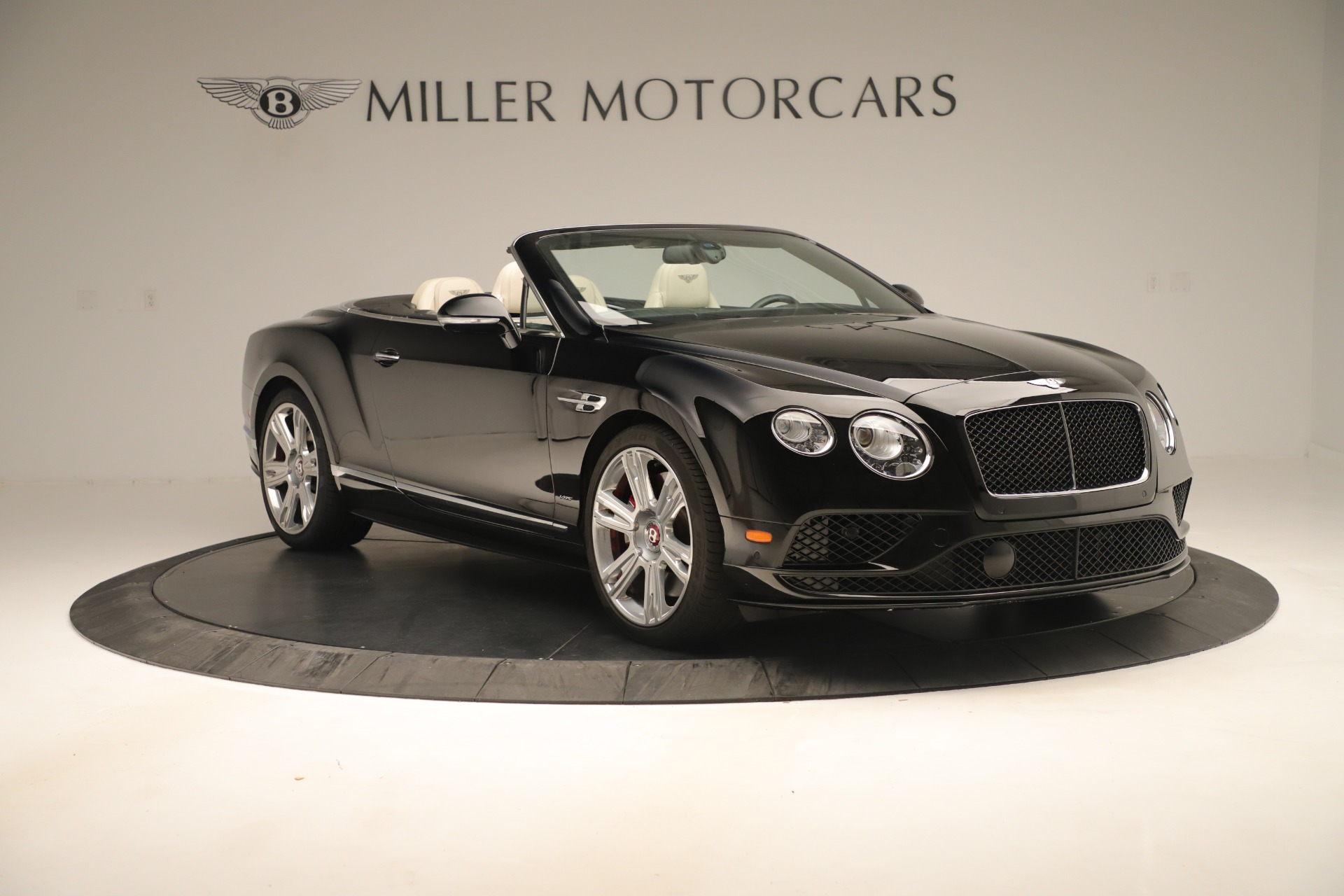 Used 2016 Bentley Continental GT V8 S Convertible  For Sale In Greenwich, CT. Alfa Romeo of Greenwich, B1132 14_p11