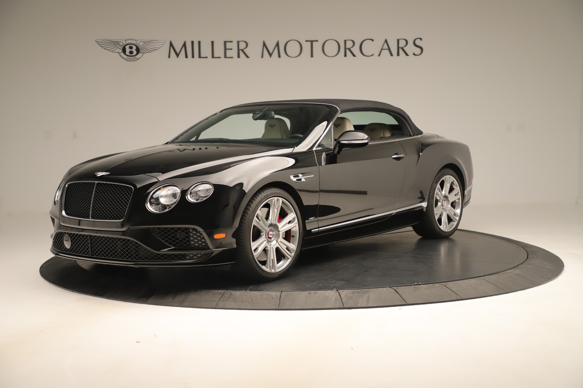 Used 2016 Bentley Continental GT V8 S Convertible  For Sale In Greenwich, CT. Alfa Romeo of Greenwich, B1132 14_p13