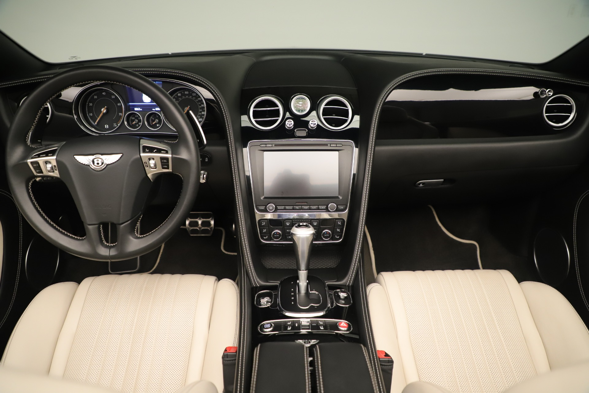 Used 2016 Bentley Continental GT V8 S Convertible  For Sale In Greenwich, CT. Alfa Romeo of Greenwich, B1132 14_p27