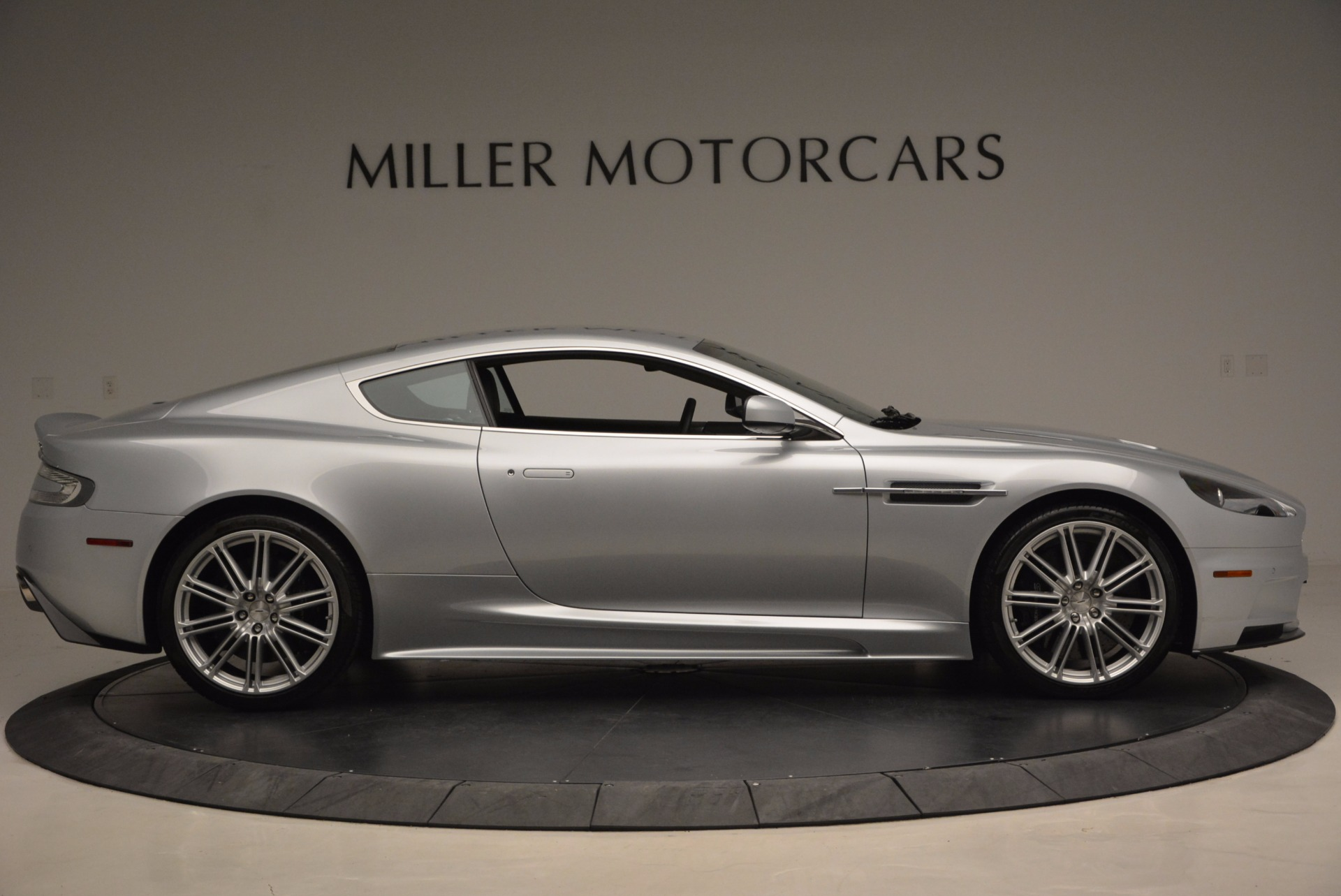 Used 2009 Aston Martin DBS  For Sale In Greenwich, CT. Alfa Romeo of Greenwich, 7235 1415_p9