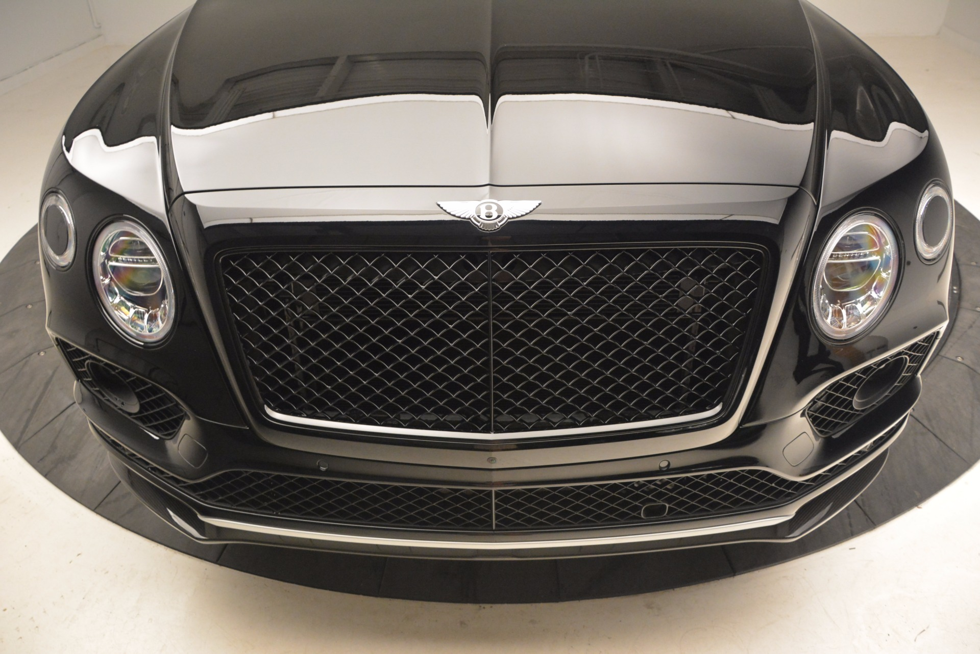 New 2018 Bentley Bentayga Black Edition For Sale In Greenwich, CT. Alfa Romeo of Greenwich, B1281 1418_p14