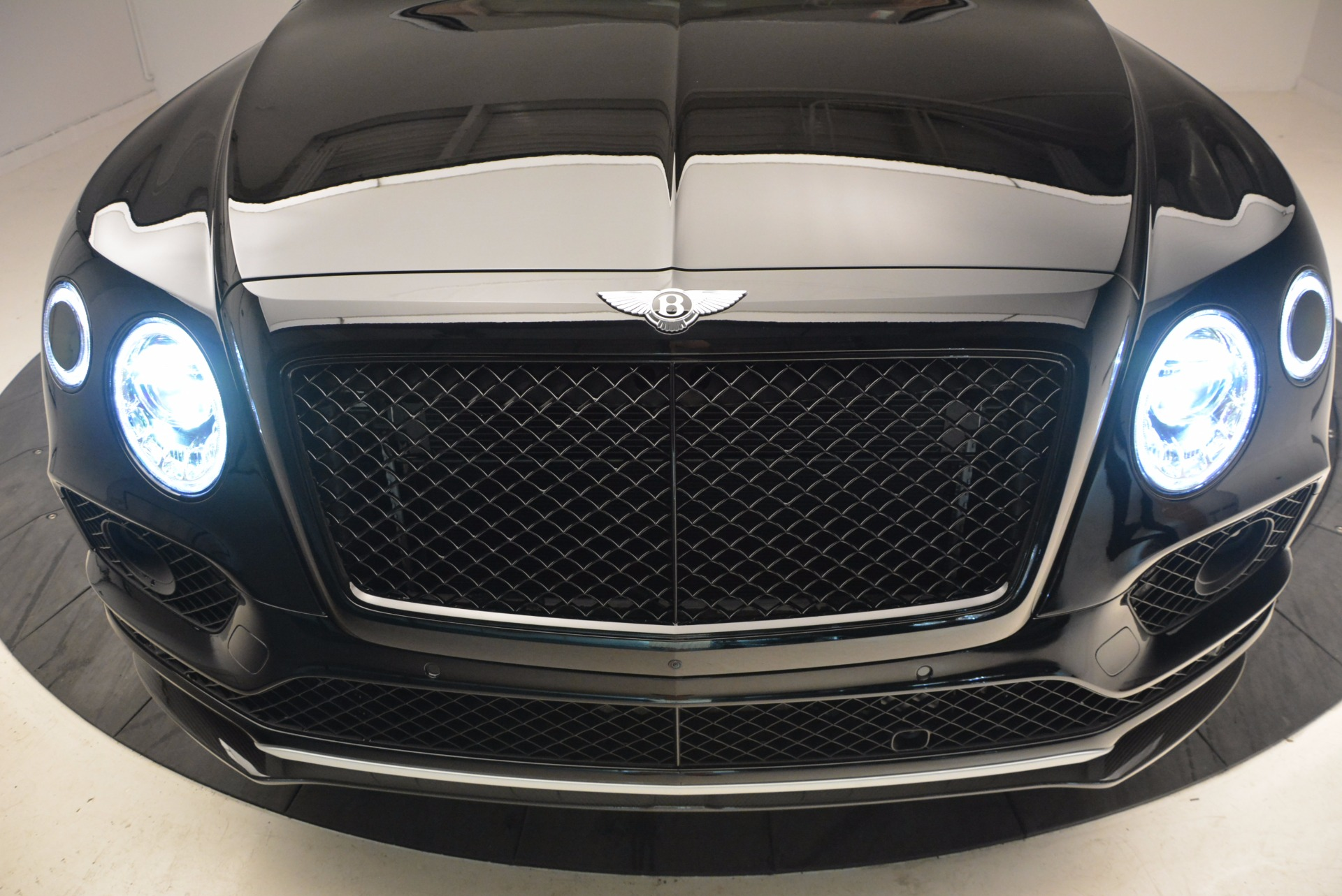 New 2018 Bentley Bentayga Black Edition For Sale In Greenwich, CT. Alfa Romeo of Greenwich, B1281 1418_p15