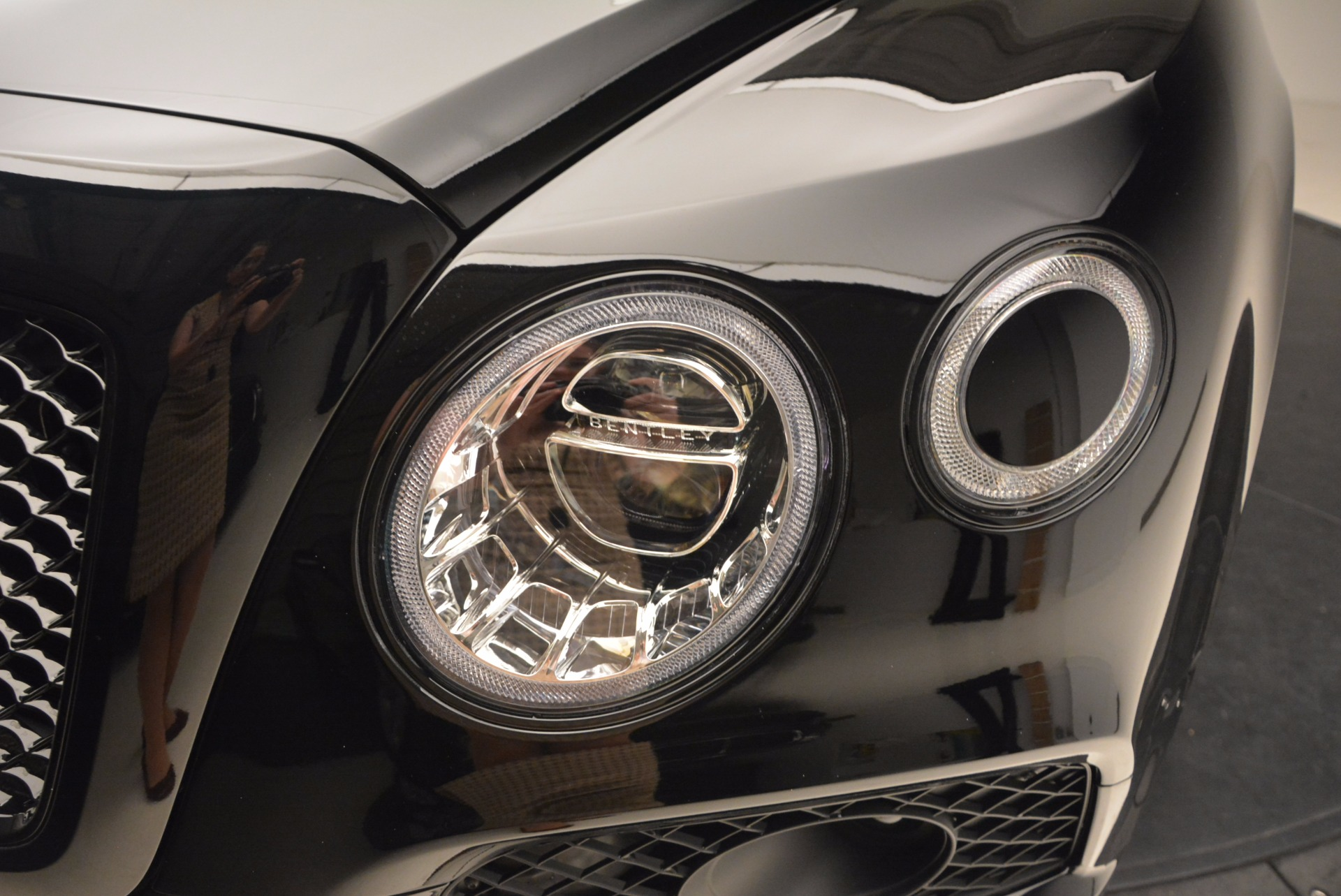 New 2018 Bentley Bentayga Black Edition For Sale In Greenwich, CT. Alfa Romeo of Greenwich, B1281 1418_p16