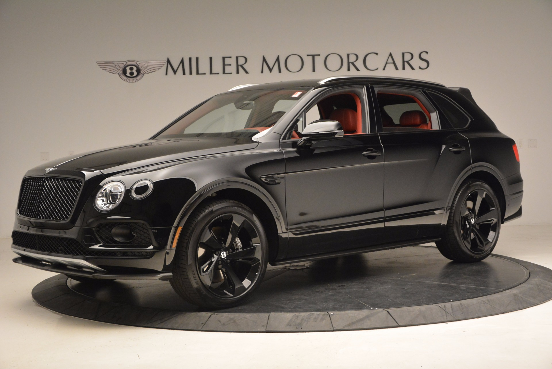 New 2018 Bentley Bentayga Black Edition For Sale In Greenwich, CT. Alfa Romeo of Greenwich, B1281 1418_p3