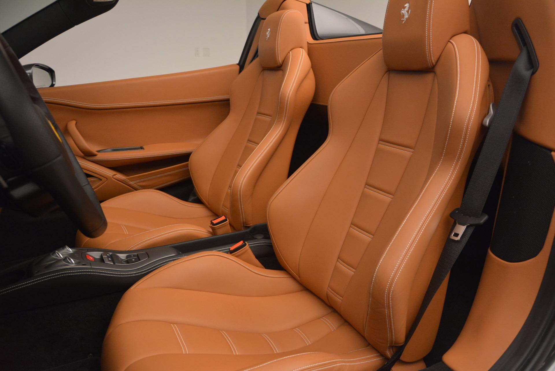 Used 2015 Ferrari 458 Spider  For Sale In Greenwich, CT. Alfa Romeo of Greenwich, 4402A 1423_p27
