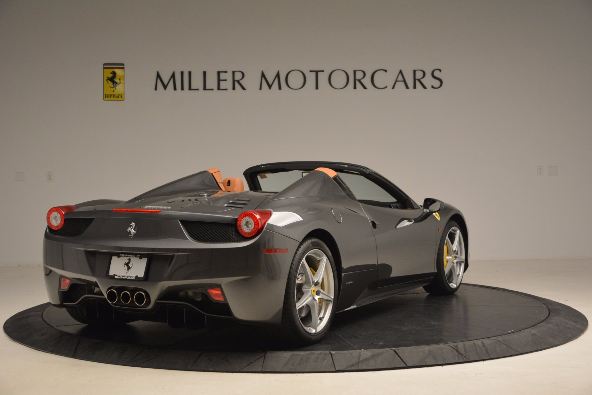 Used 2015 Ferrari 458 Spider  For Sale In Greenwich, CT. Alfa Romeo of Greenwich, 4402A 1423_p7
