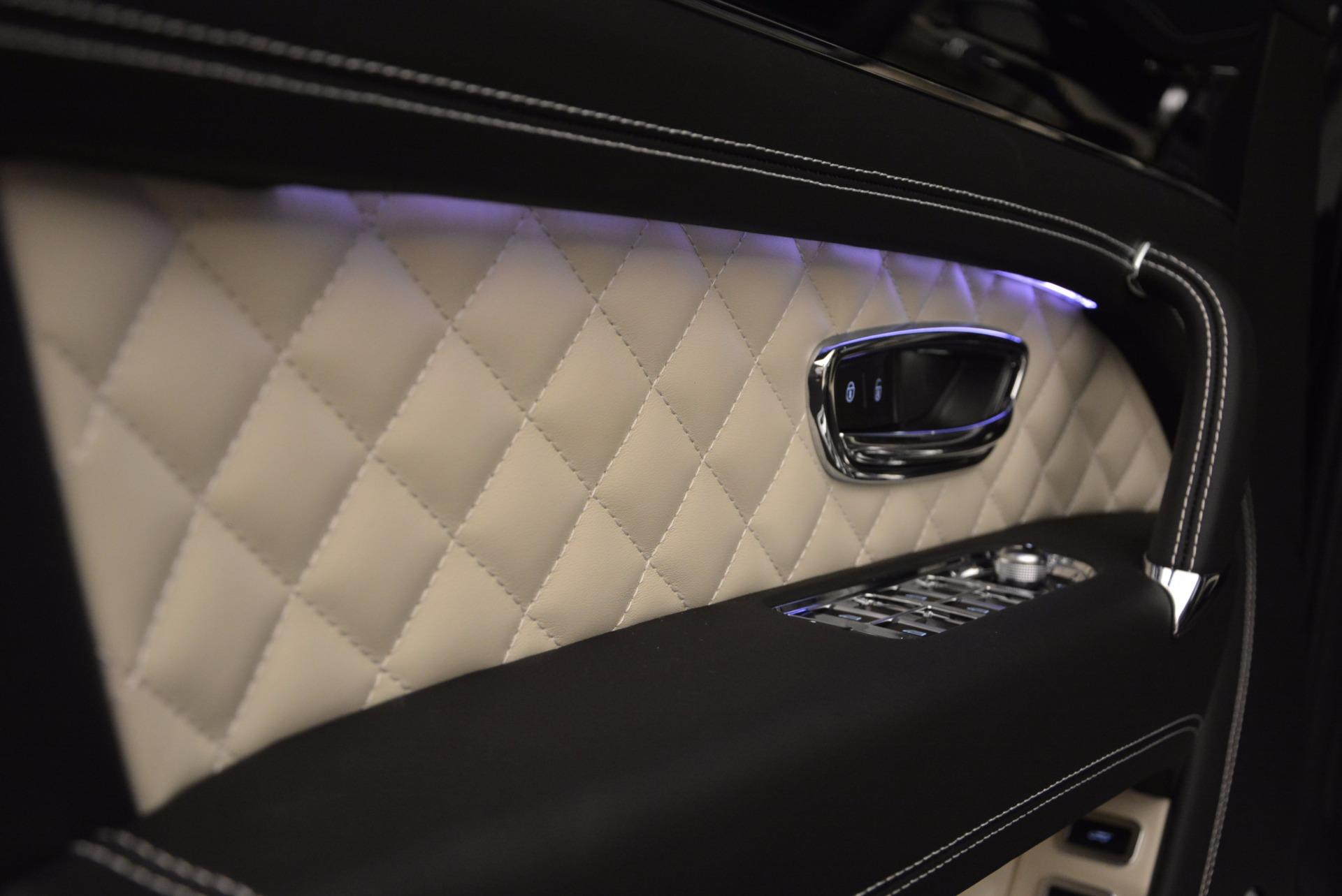 New 2018 Bentley Bentayga Signature For Sale In Greenwich, CT. Alfa Romeo of Greenwich, B1284 1424_p23