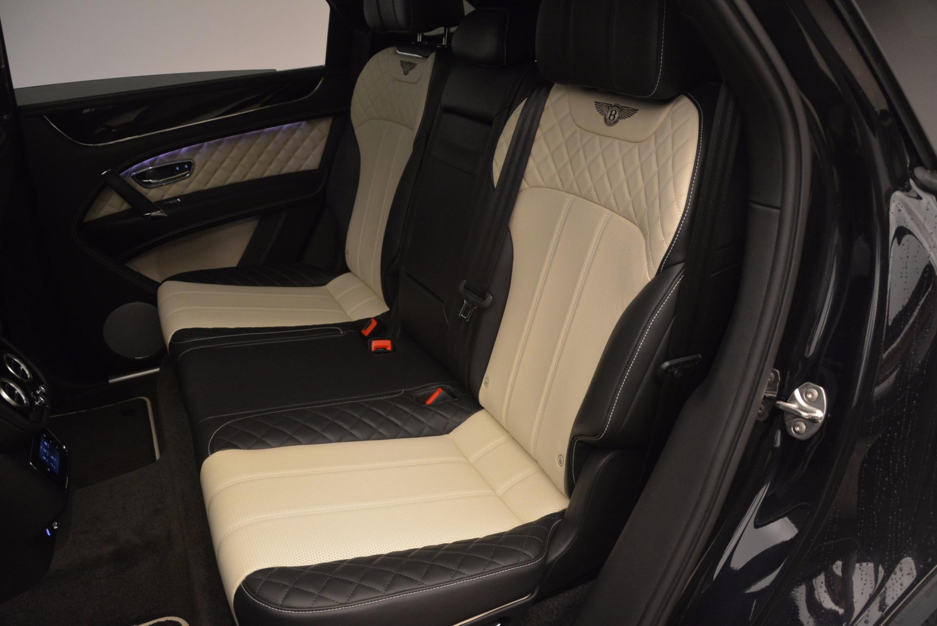 New 2018 Bentley Bentayga Signature For Sale In Greenwich, CT. Alfa Romeo of Greenwich, B1284 1424_p33