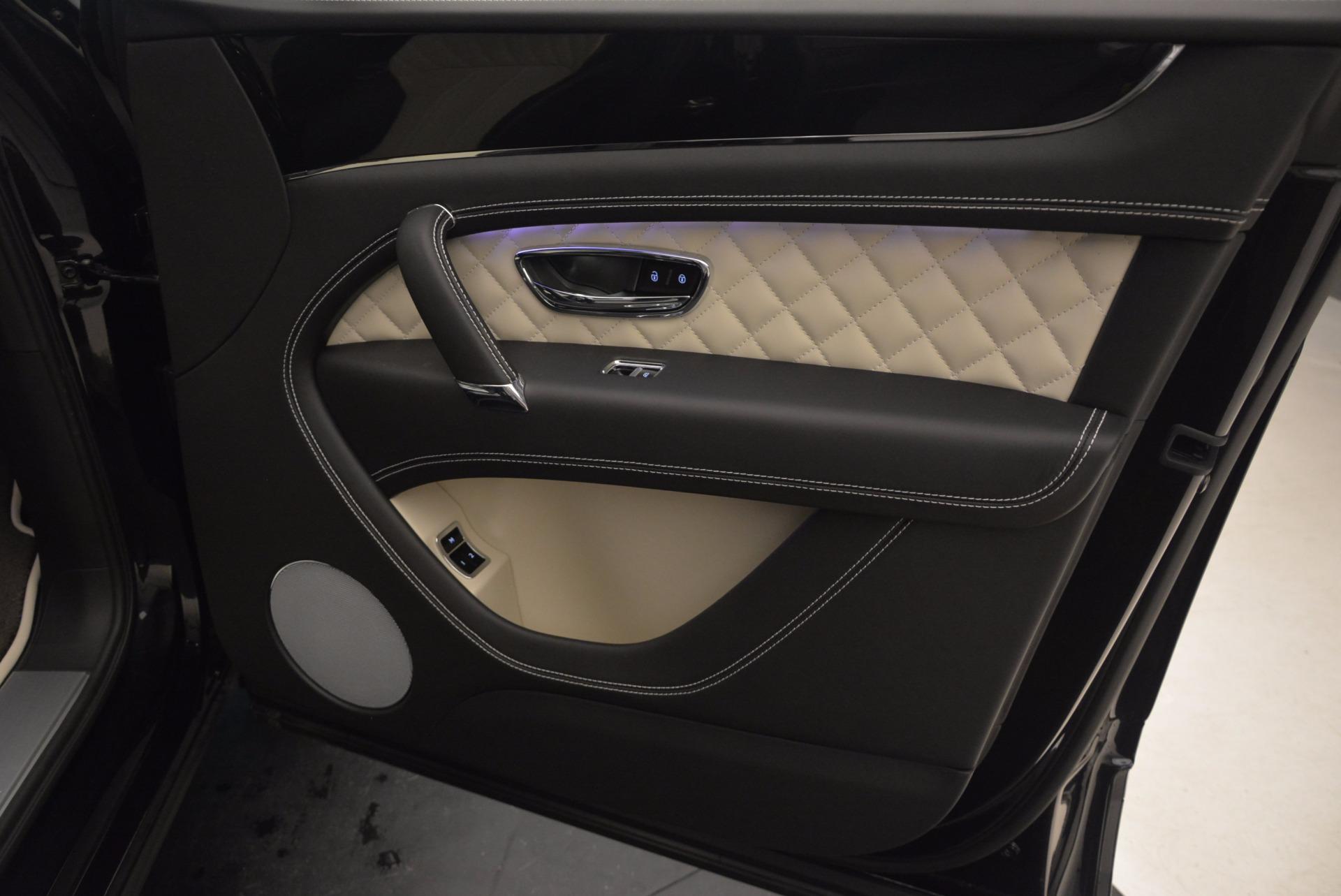 New 2018 Bentley Bentayga Signature For Sale In Greenwich, CT. Alfa Romeo of Greenwich, B1284 1424_p40