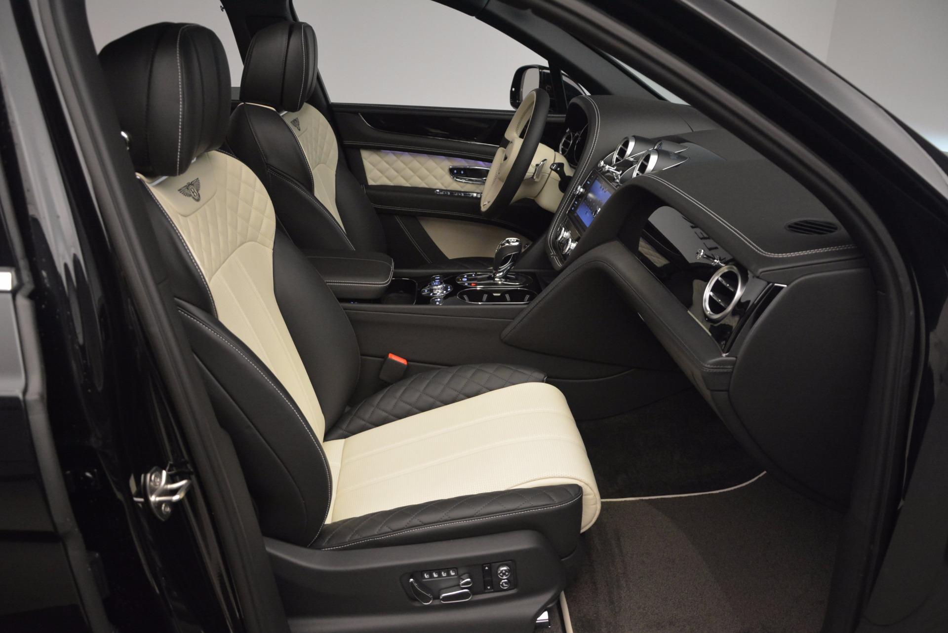 New 2018 Bentley Bentayga Signature For Sale In Greenwich, CT. Alfa Romeo of Greenwich, B1284 1424_p42