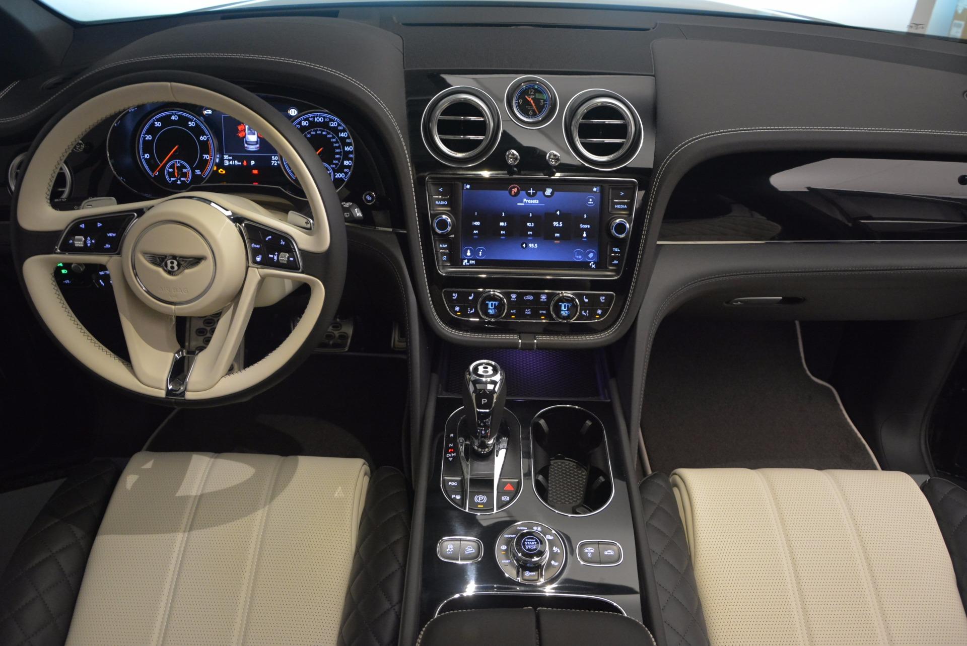New 2018 Bentley Bentayga Signature For Sale In Greenwich, CT. Alfa Romeo of Greenwich, B1284 1424_p46