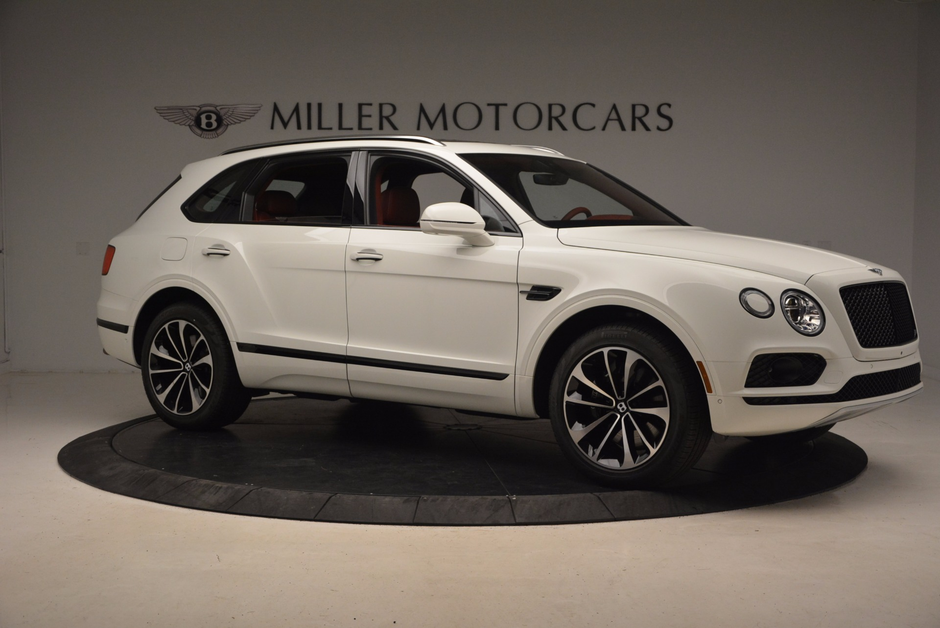 New 2018 Bentley Bentayga Onyx For Sale In Greenwich, CT. Alfa Romeo of Greenwich, B1283 1425_p10