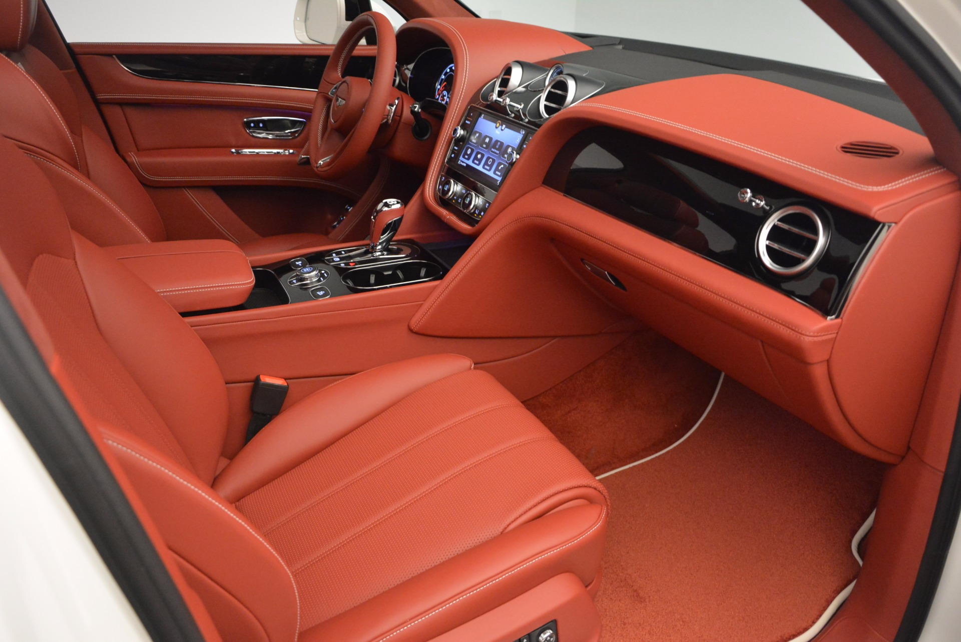 New 2018 Bentley Bentayga Onyx For Sale In Greenwich, CT. Alfa Romeo of Greenwich, B1283 1425_p43