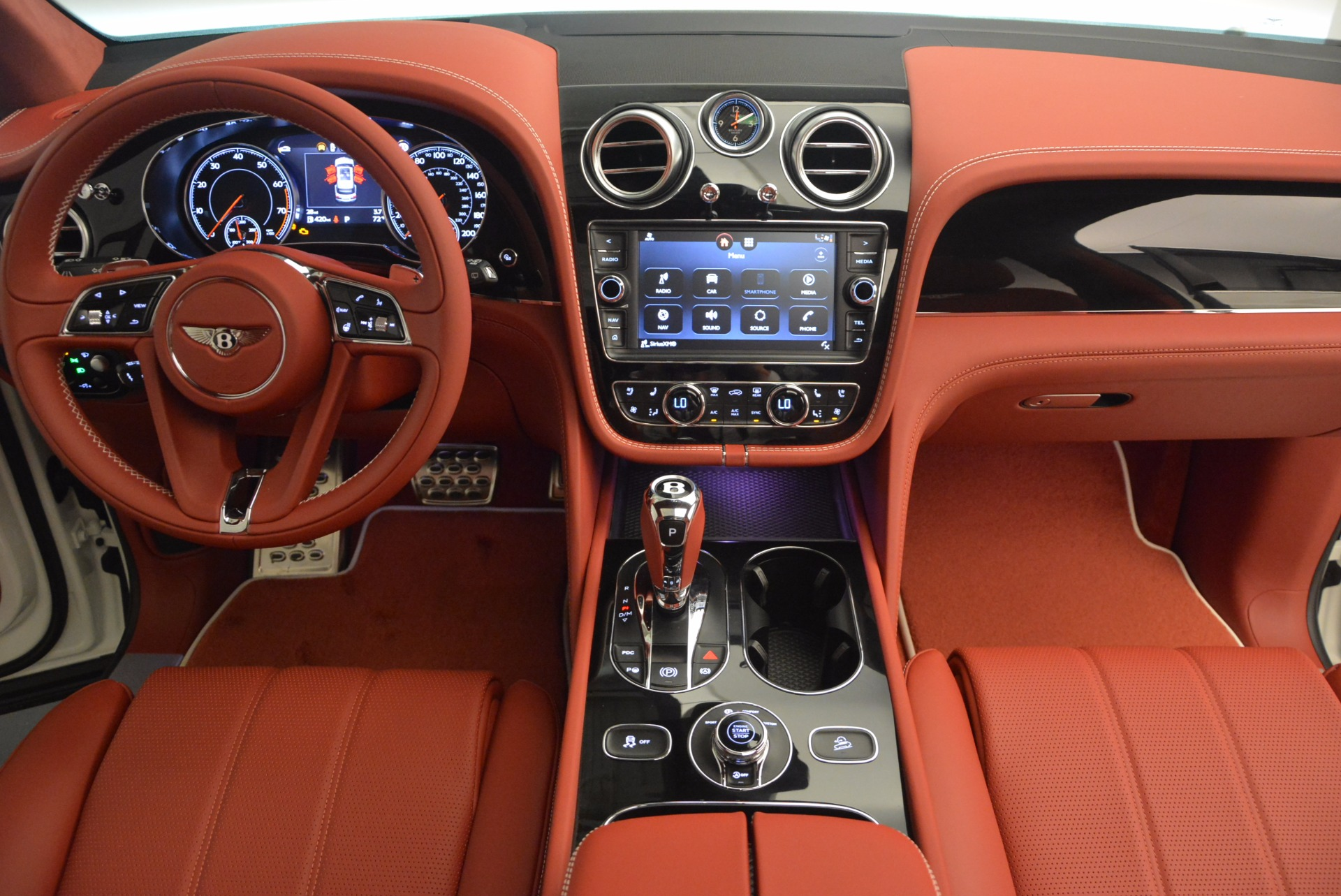 New 2018 Bentley Bentayga Onyx For Sale In Greenwich, CT. Alfa Romeo of Greenwich, B1283 1425_p48