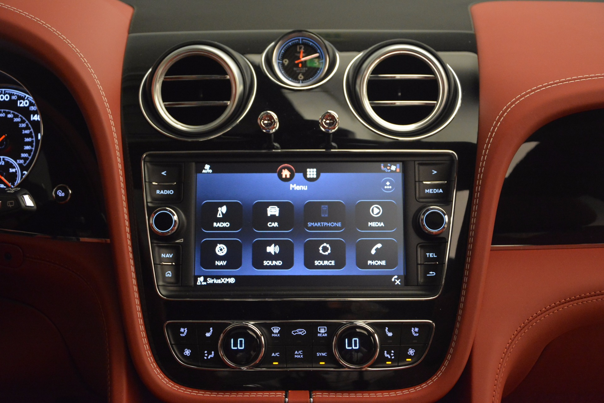 New 2018 Bentley Bentayga Onyx For Sale In Greenwich, CT. Alfa Romeo of Greenwich, B1283 1425_p49