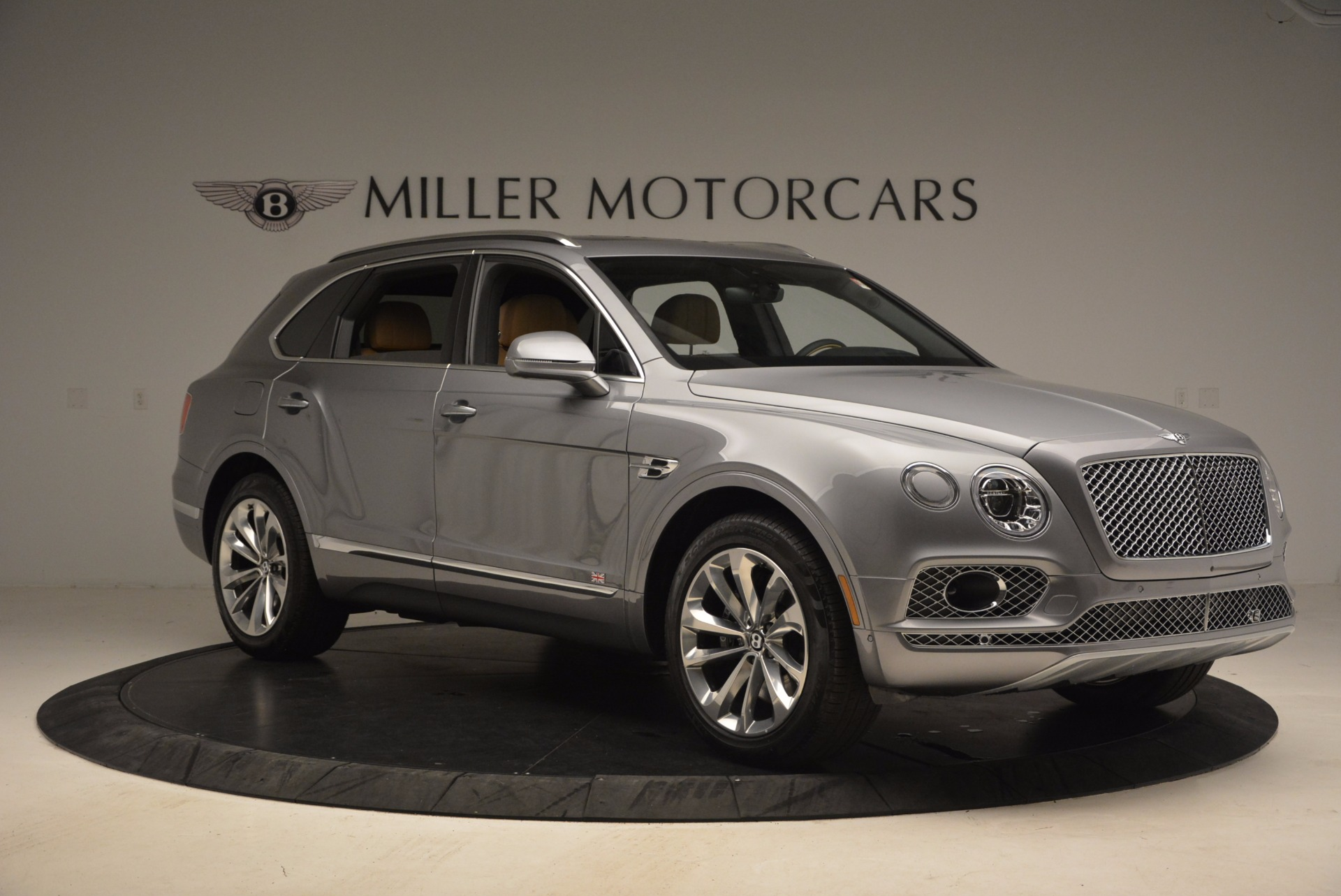 New 2018 Bentley Bentayga  For Sale In Greenwich, CT. Alfa Romeo of Greenwich, B1282 1426_p10
