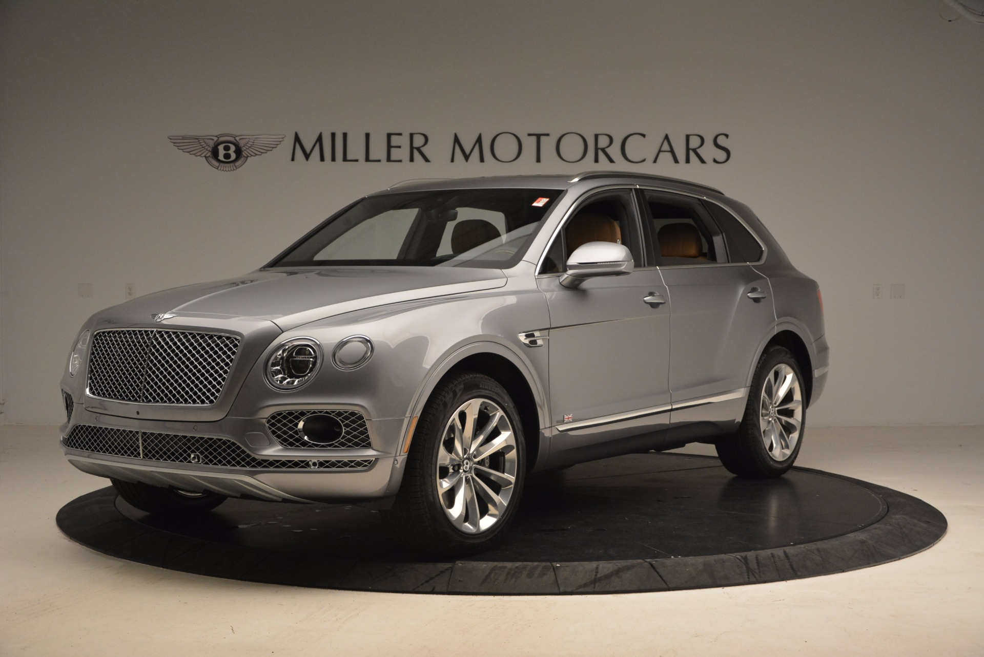 New 2018 Bentley Bentayga  For Sale In Greenwich, CT. Alfa Romeo of Greenwich, B1282 1426_p2