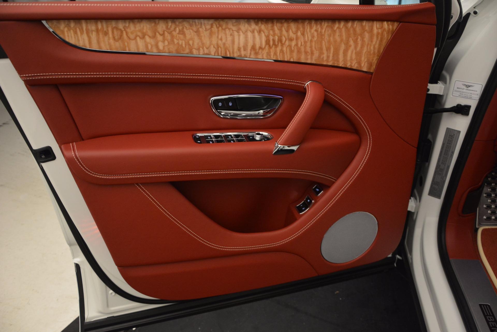 New 2018 Bentley Bentayga Onyx Edition For Sale In Greenwich, CT. Alfa Romeo of Greenwich, B1285 1429_p22