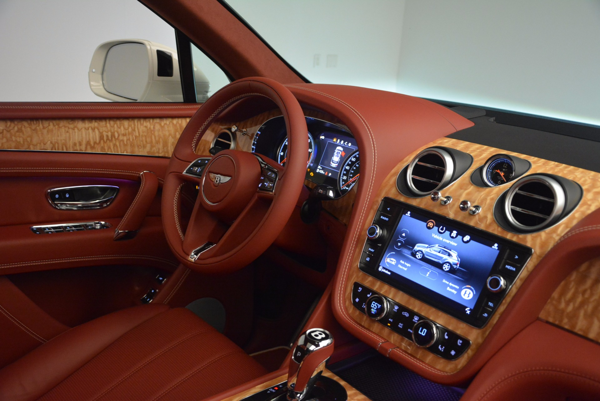 New 2018 Bentley Bentayga Onyx Edition For Sale In Greenwich, CT. Alfa Romeo of Greenwich, B1285 1429_p43