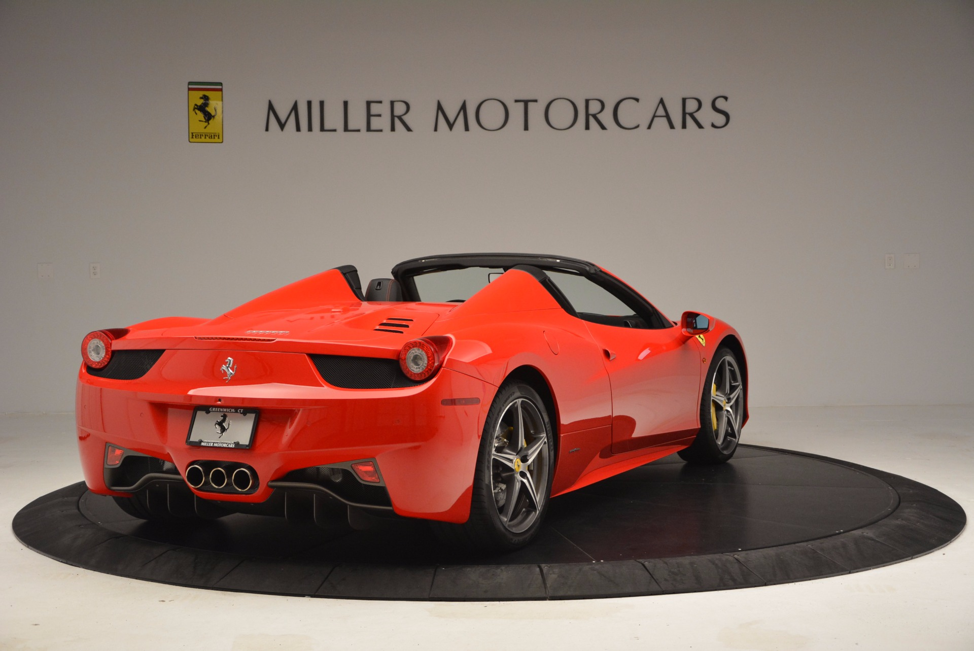 Used 2014 Ferrari 458 Spider  For Sale In Greenwich, CT. Alfa Romeo of Greenwich, 4408 1430_p7