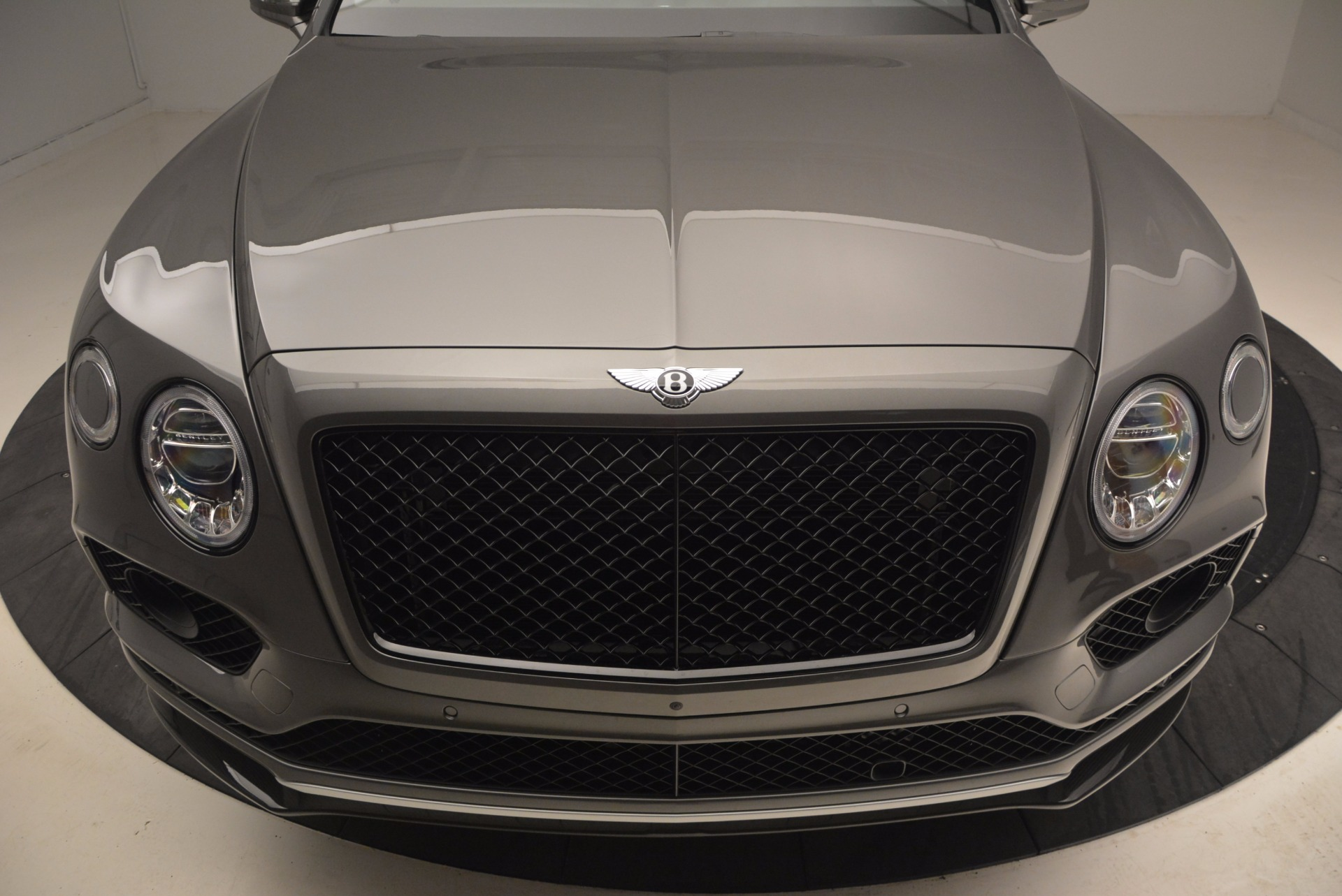 New 2018 Bentley Bentayga Black Edition For Sale In Greenwich, CT. Alfa Romeo of Greenwich, B1290 1431_p15