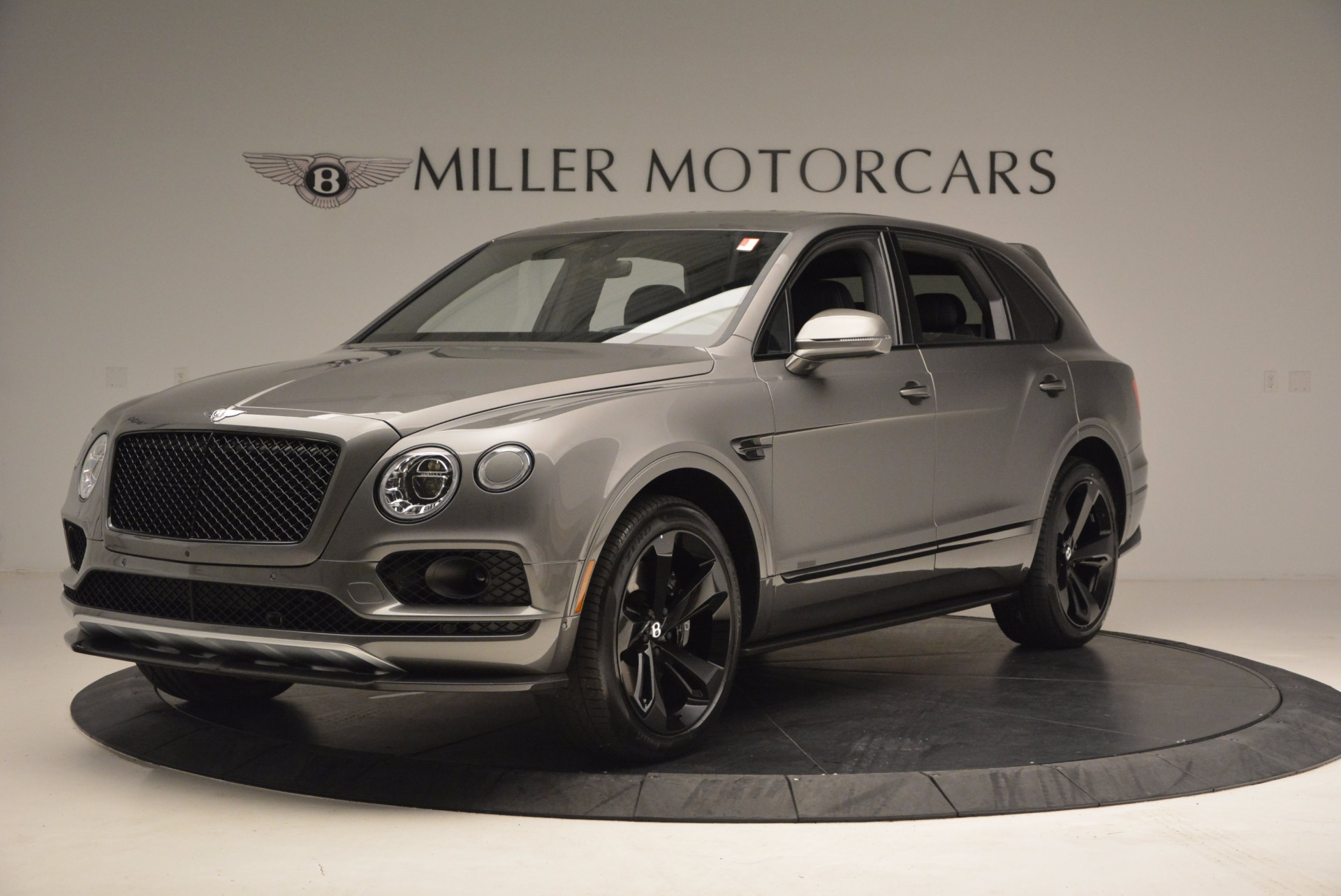 New 2018 Bentley Bentayga Black Edition For Sale In Greenwich, CT. Alfa Romeo of Greenwich, B1290 1431_p2