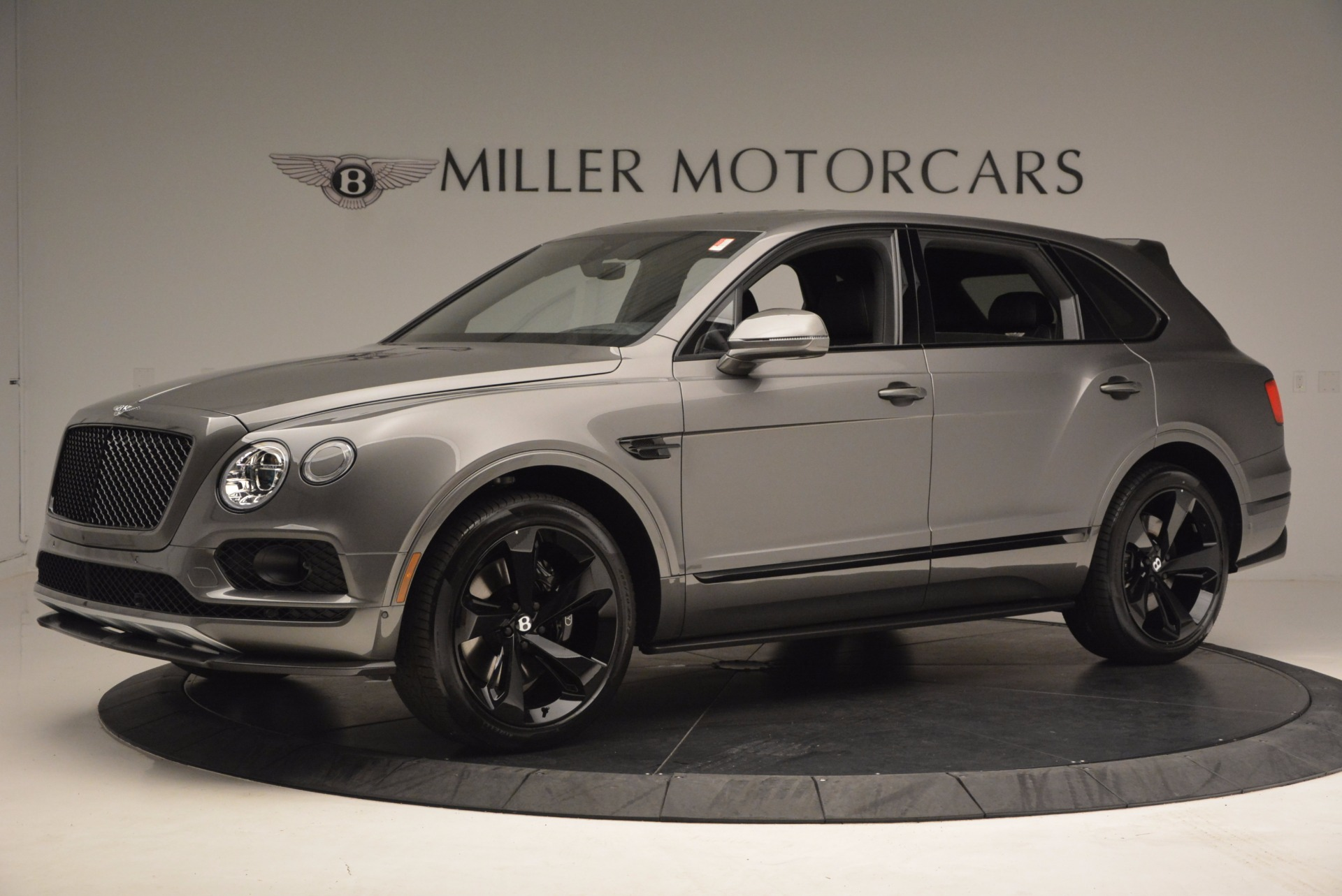 New 2018 Bentley Bentayga Black Edition For Sale In Greenwich, CT. Alfa Romeo of Greenwich, B1290 1431_p3
