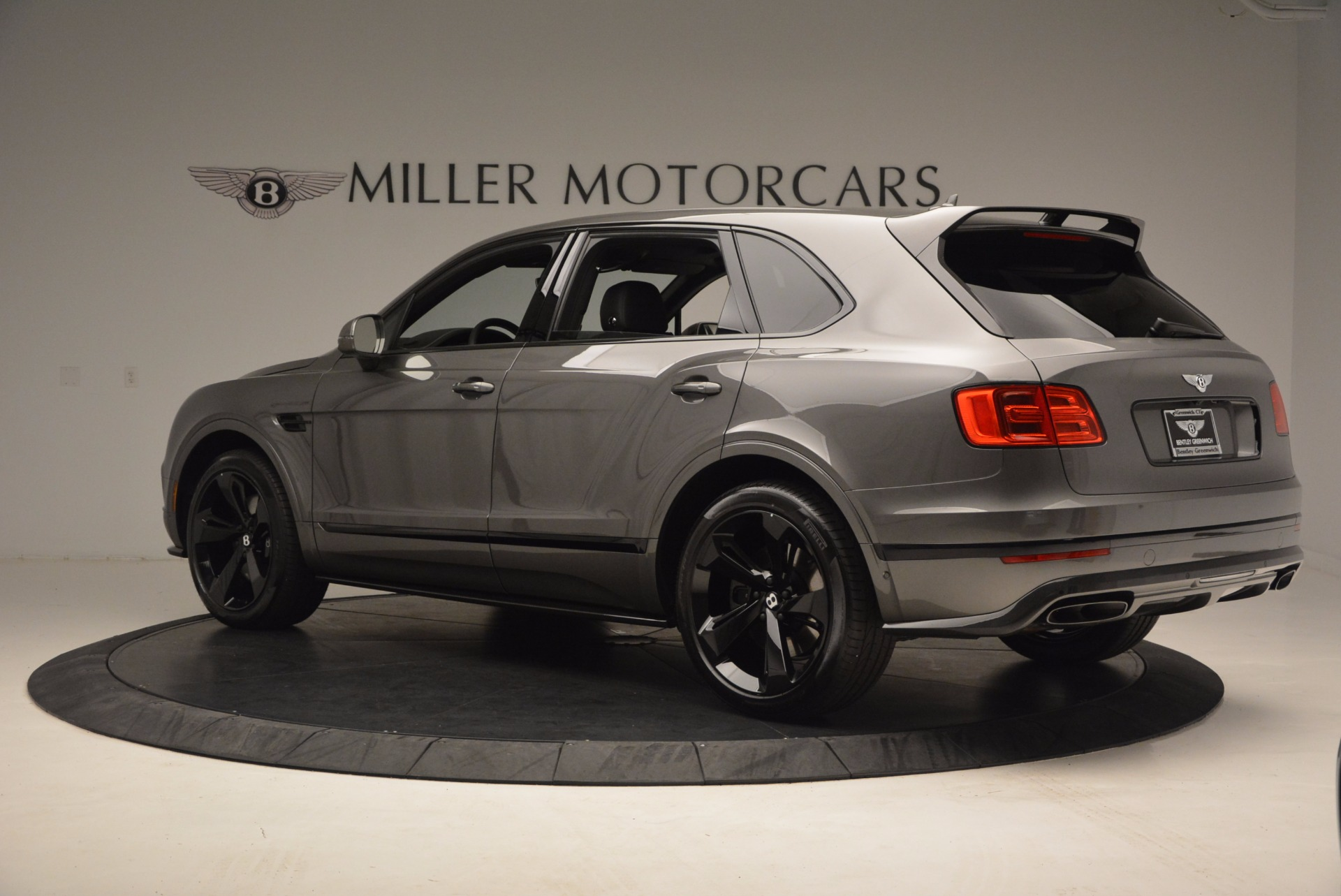 New 2018 Bentley Bentayga Black Edition For Sale In Greenwich, CT. Alfa Romeo of Greenwich, B1290 1431_p5