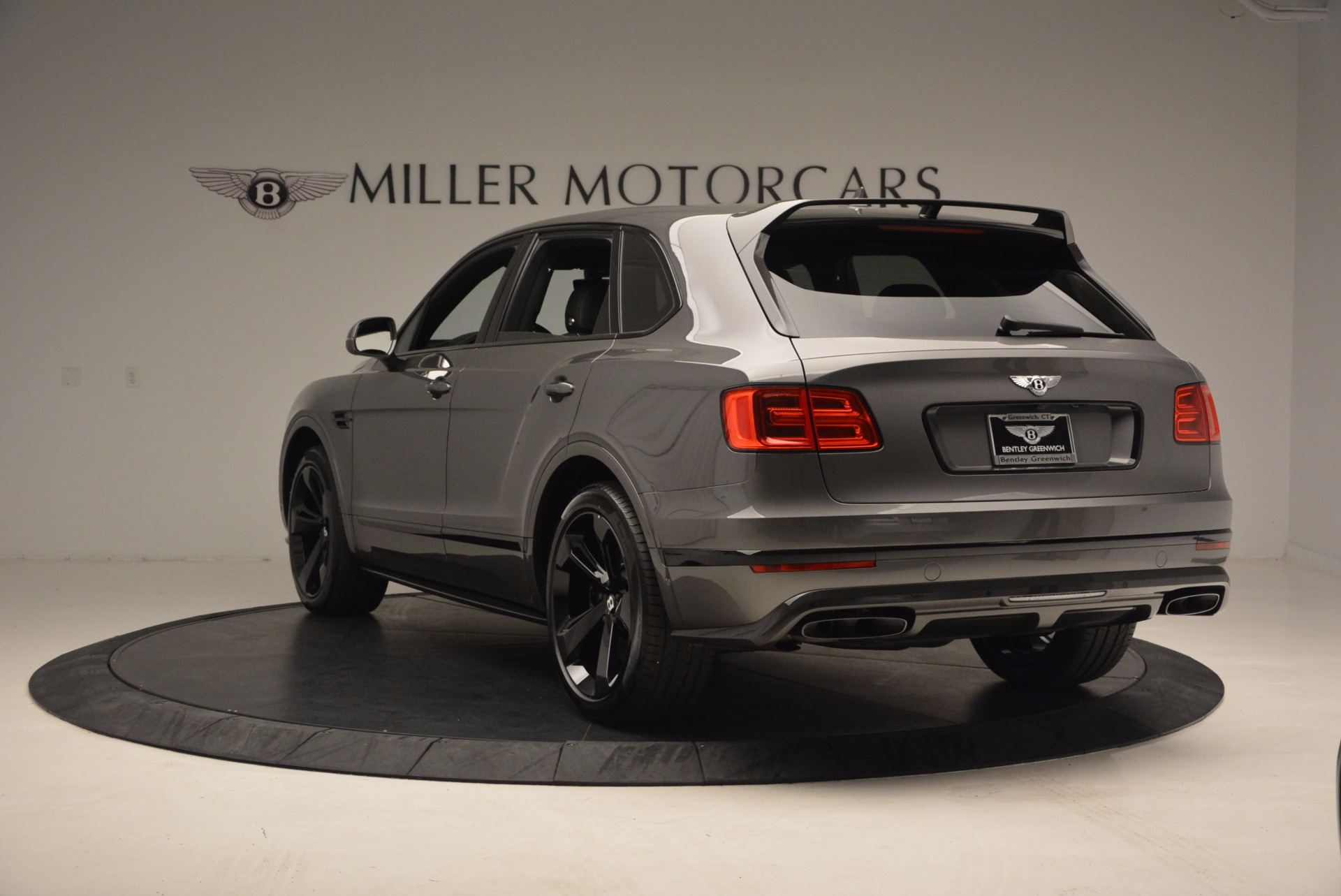 New 2018 Bentley Bentayga Black Edition For Sale In Greenwich, CT. Alfa Romeo of Greenwich, B1290 1431_p6