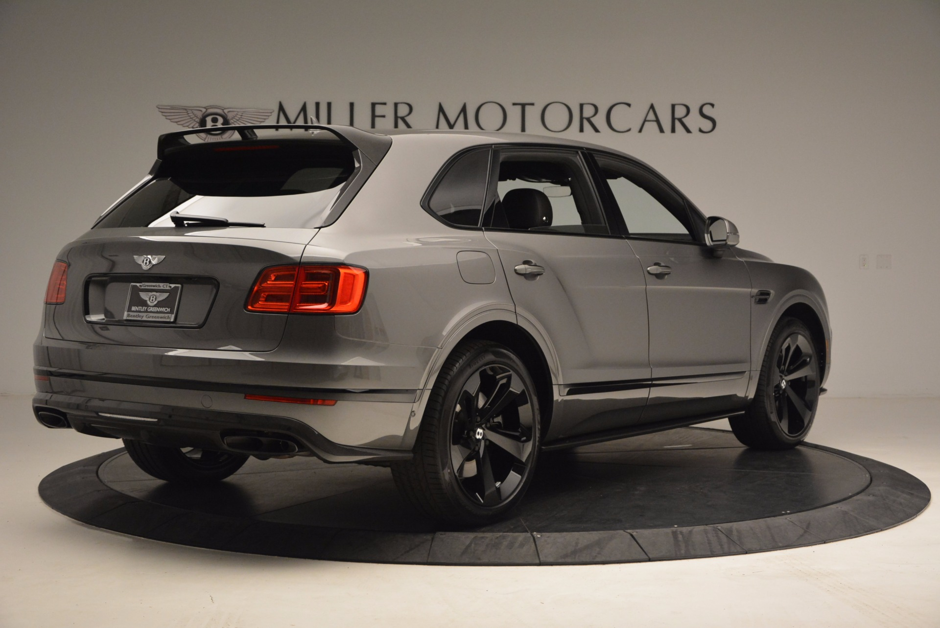 New 2018 Bentley Bentayga Black Edition For Sale In Greenwich, CT. Alfa Romeo of Greenwich, B1290 1431_p9