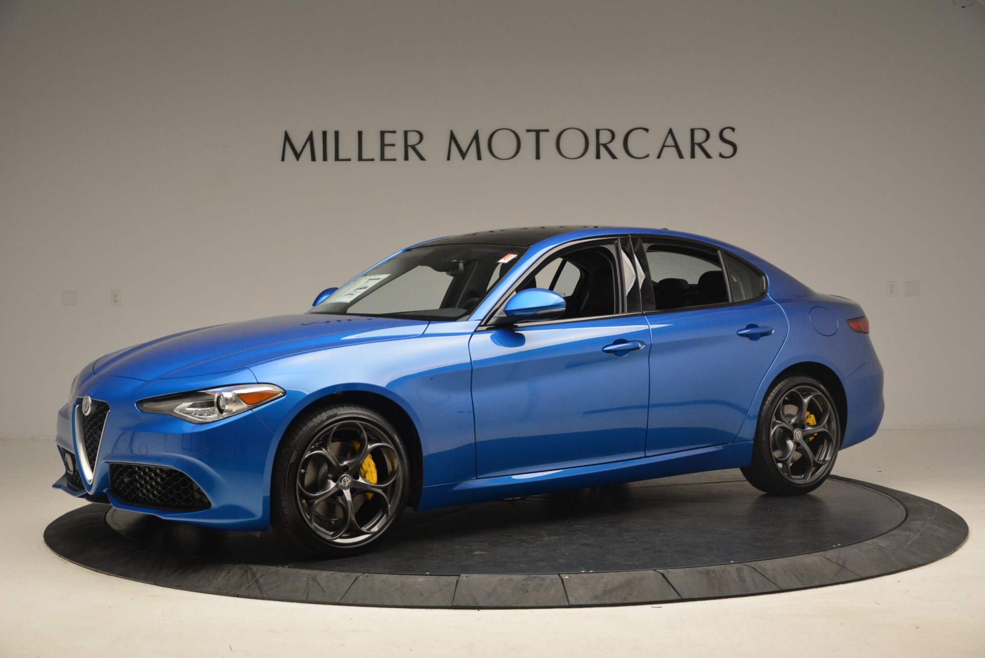 New 2017 Alfa Romeo Giulia Ti Sport Q4 For Sale In Greenwich, CT. Alfa Romeo of Greenwich, LW097 1433_p2