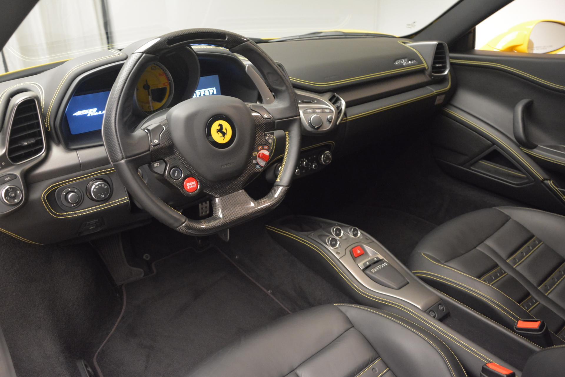 Used 2011 Ferrari 458 Italia  For Sale In Greenwich, CT. Alfa Romeo of Greenwich, 4321 144_p13