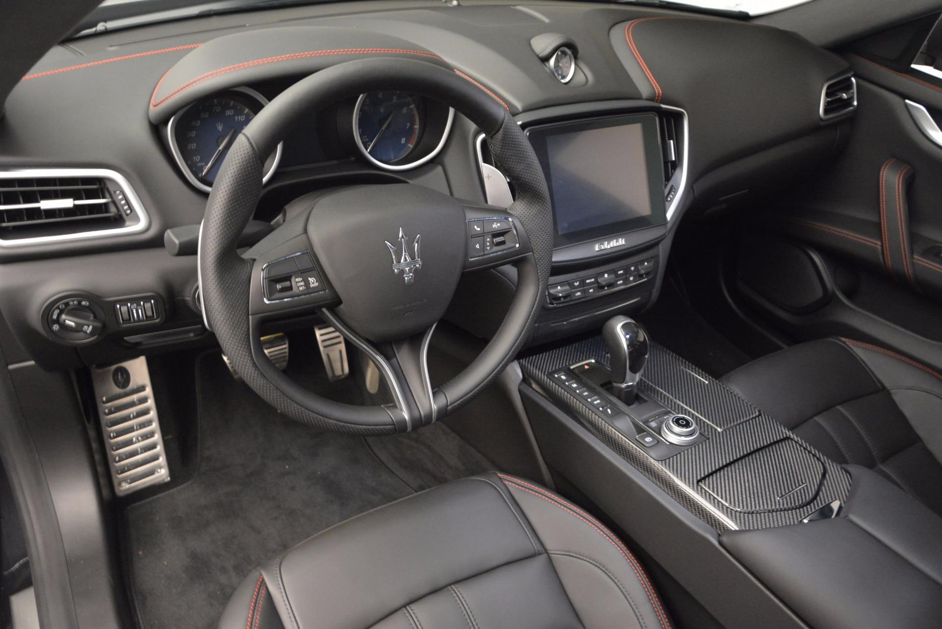 New 2017 Maserati Ghibli SQ4 For Sale In Greenwich, CT. Alfa Romeo of Greenwich, M1904 1443_p13