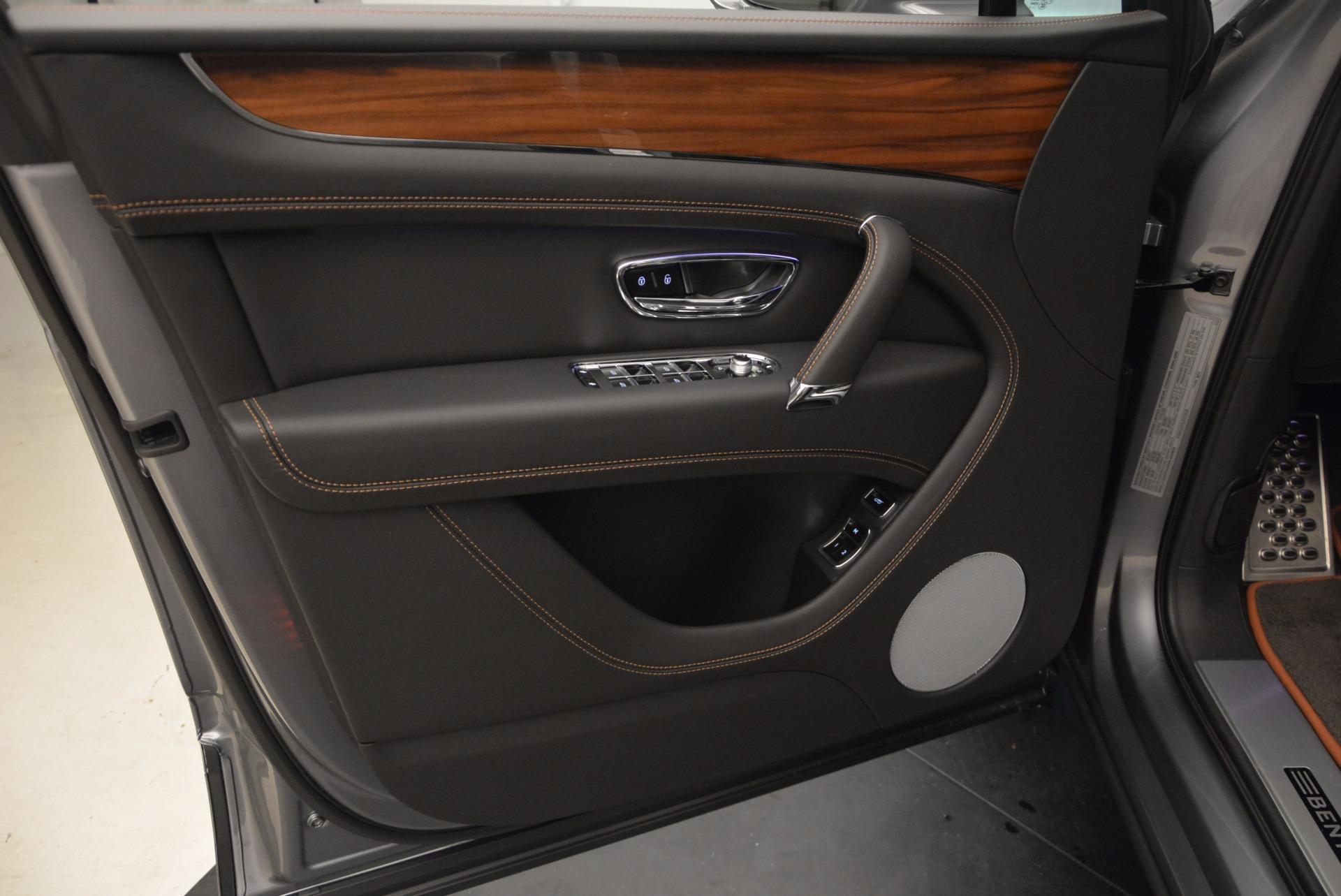 New 2018 Bentley Bentayga Onyx For Sale In Greenwich, CT. Alfa Romeo of Greenwich, B1287 1446_p22