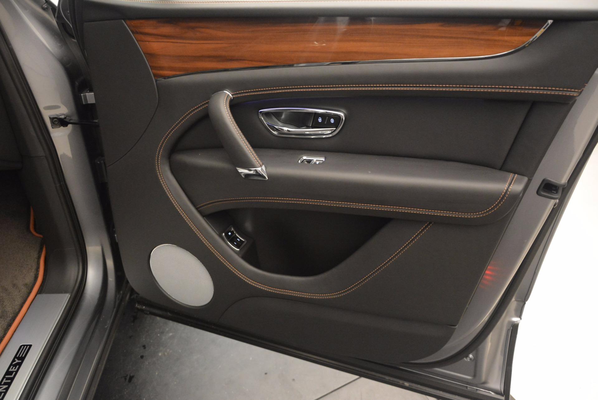 New 2018 Bentley Bentayga Onyx For Sale In Greenwich, CT. Alfa Romeo of Greenwich, B1287 1446_p39