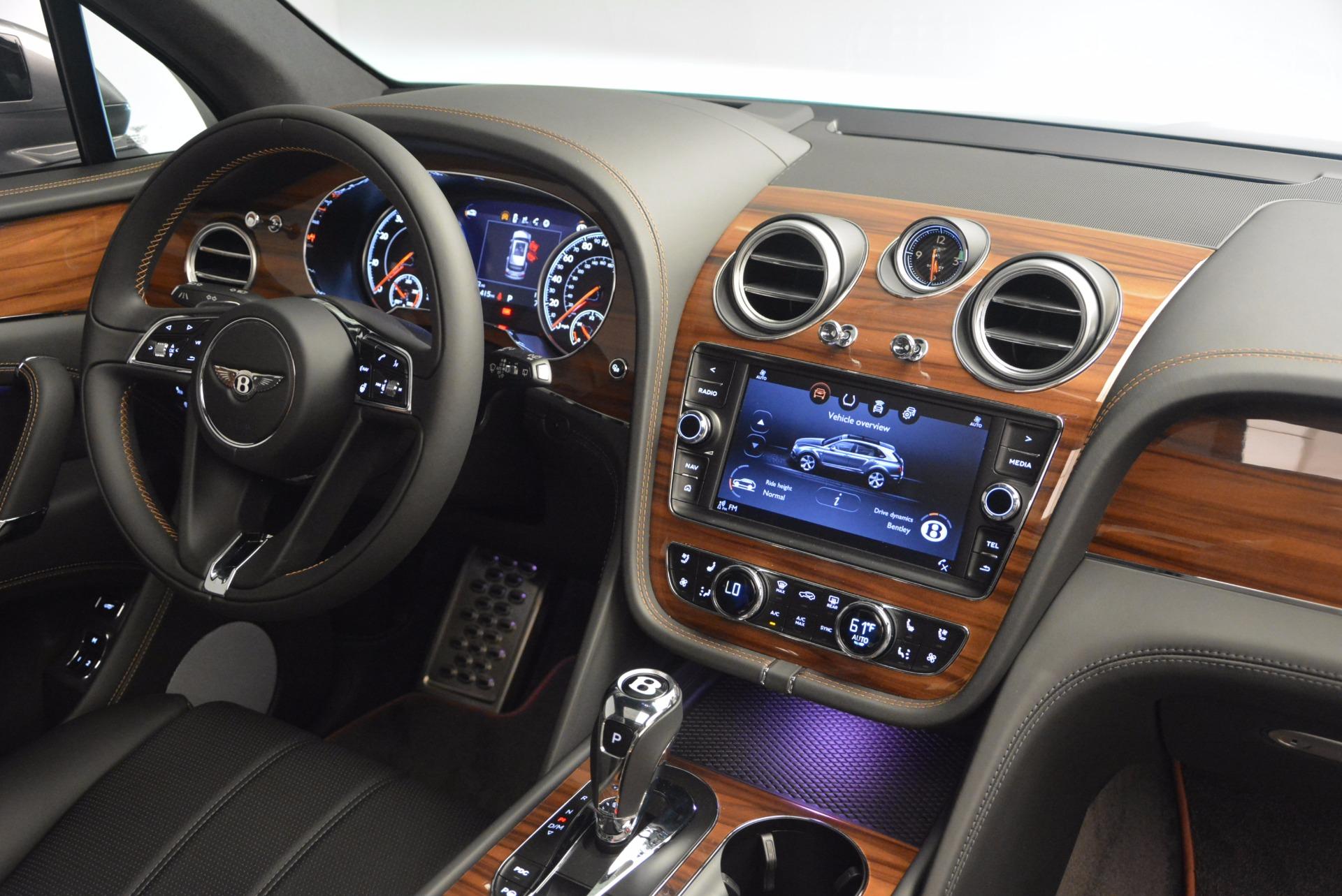 New 2018 Bentley Bentayga Onyx For Sale In Greenwich, CT. Alfa Romeo of Greenwich, B1287 1446_p44