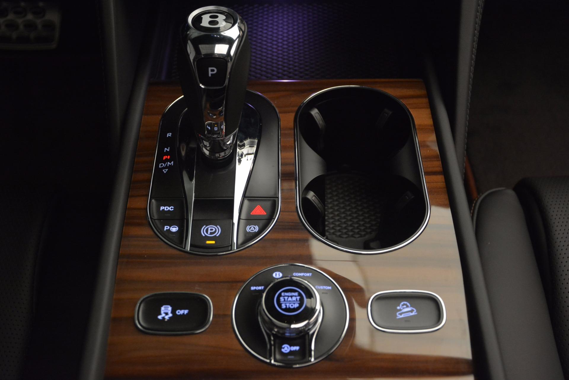 New 2018 Bentley Bentayga Onyx For Sale In Greenwich, CT. Alfa Romeo of Greenwich, B1287 1446_p48