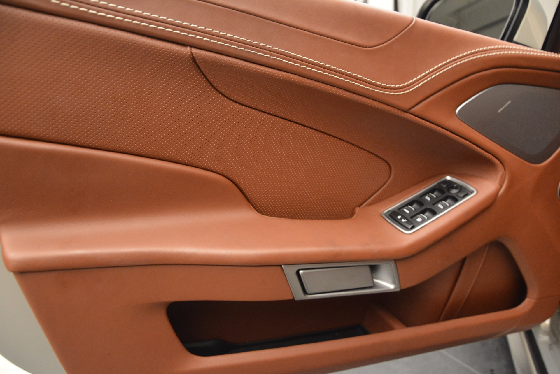 Used 2015 Aston Martin Vanquish Volante For Sale In Greenwich, CT. Alfa Romeo of Greenwich, 7248 1448_p22