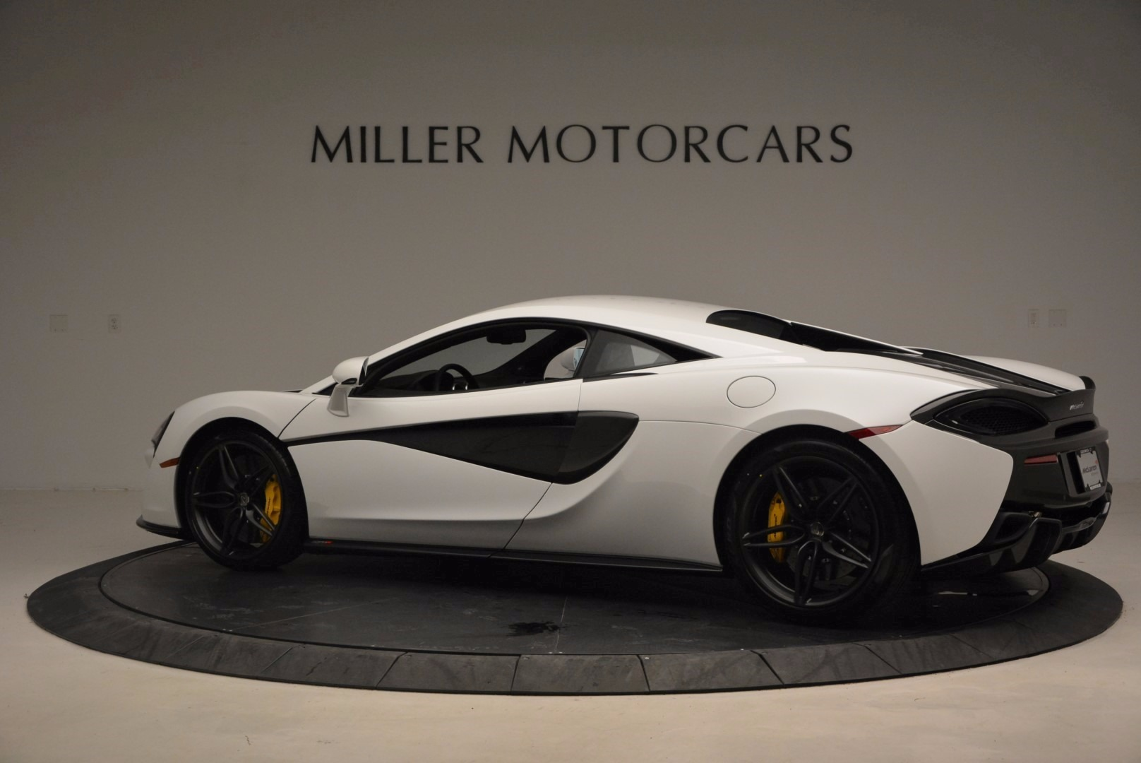 New 2017 McLaren 570S  For Sale In Greenwich, CT. Alfa Romeo of Greenwich, MC298 1452_p4
