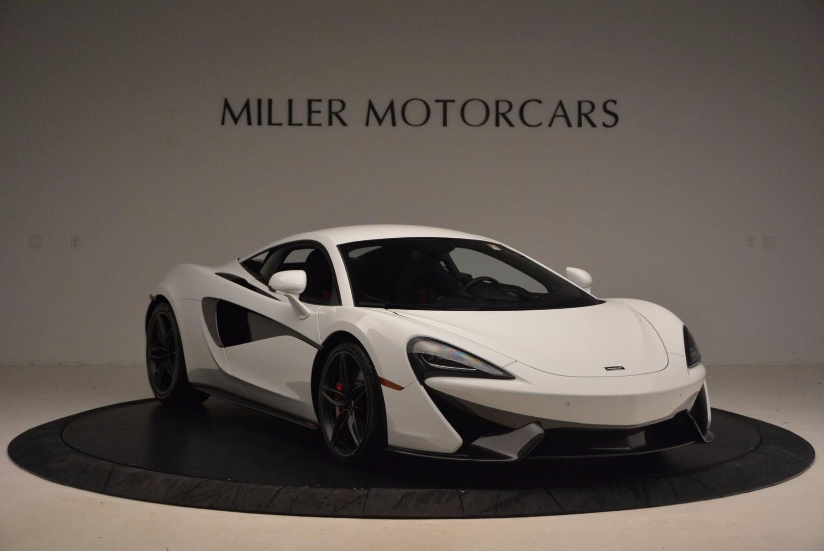 Used 2017 McLaren 570S  For Sale In Greenwich, CT. Alfa Romeo of Greenwich, MC305 1454_p11