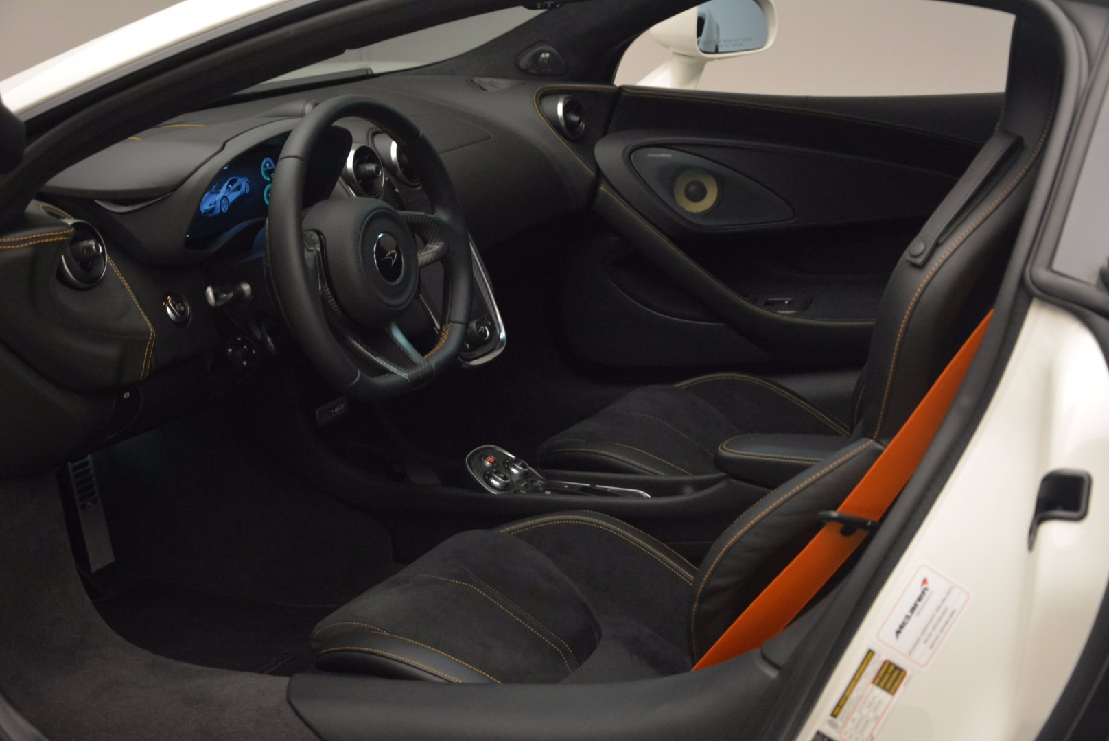 Used 2017 McLaren 570GT  For Sale In Greenwich, CT. Alfa Romeo of Greenwich, MC303 1455_p15