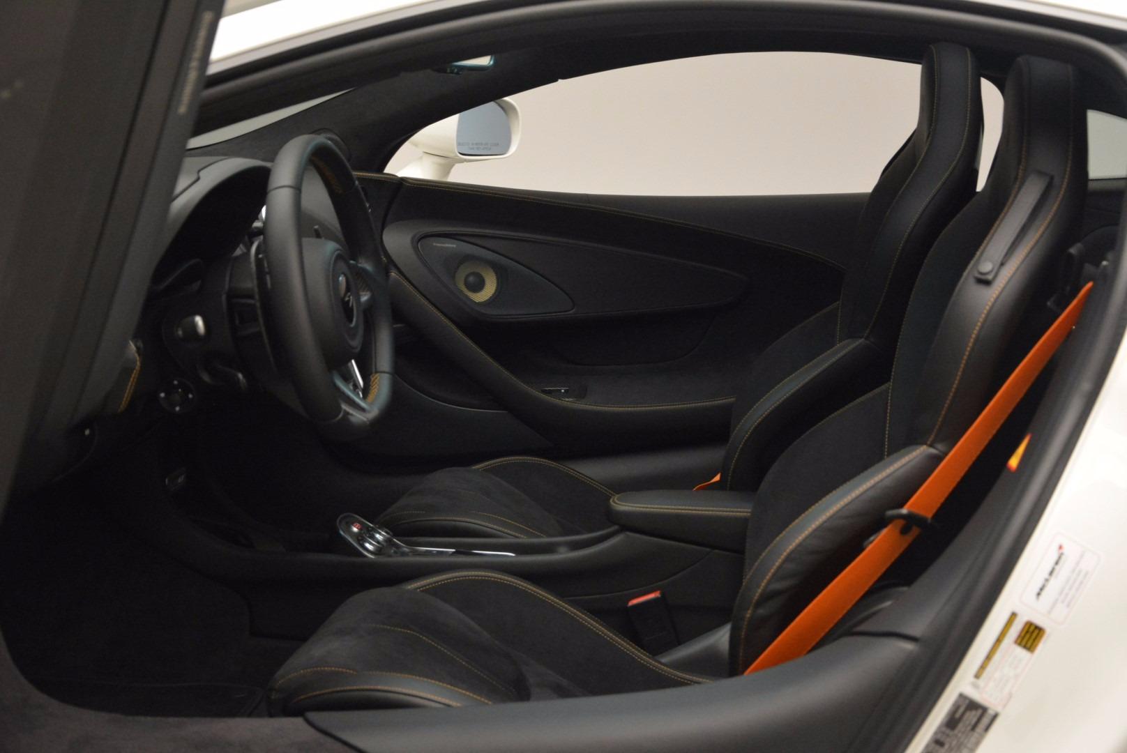 Used 2017 McLaren 570GT  For Sale In Greenwich, CT. Alfa Romeo of Greenwich, MC303 1455_p16