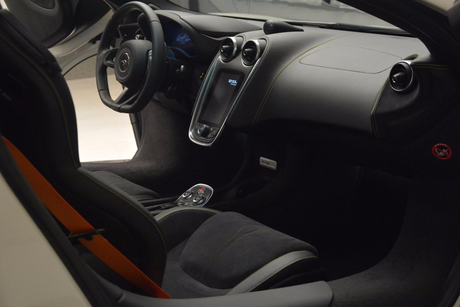 Used 2017 McLaren 570GT  For Sale In Greenwich, CT. Alfa Romeo of Greenwich, MC303 1455_p18