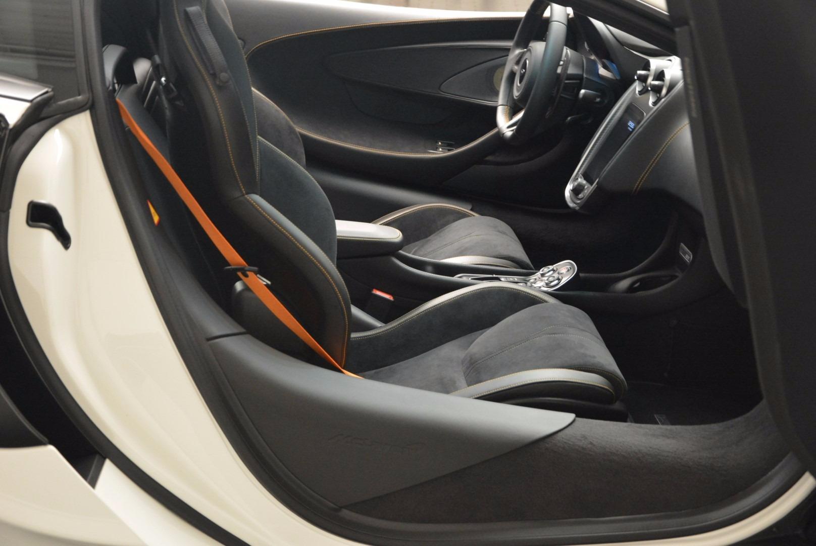 Used 2017 McLaren 570GT  For Sale In Greenwich, CT. Alfa Romeo of Greenwich, MC303 1455_p19